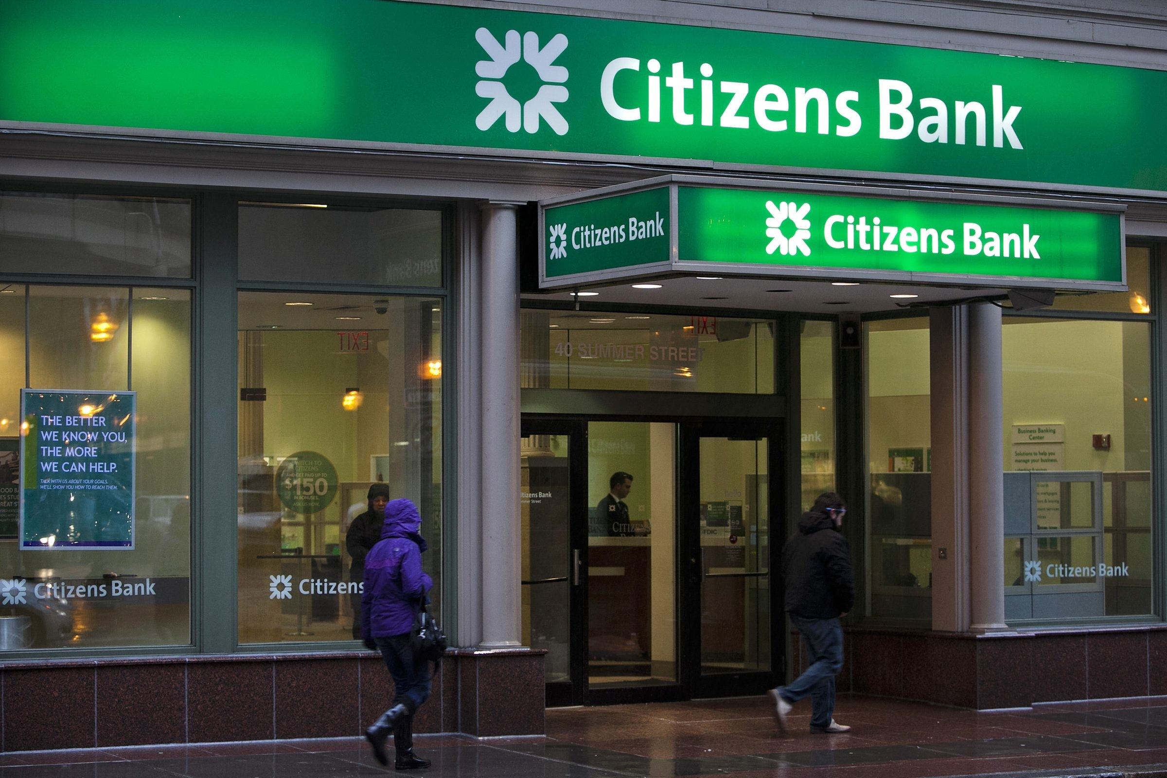 The Royal Bank of Scotland said it will accelerate its divestiture of Citizens Bank.