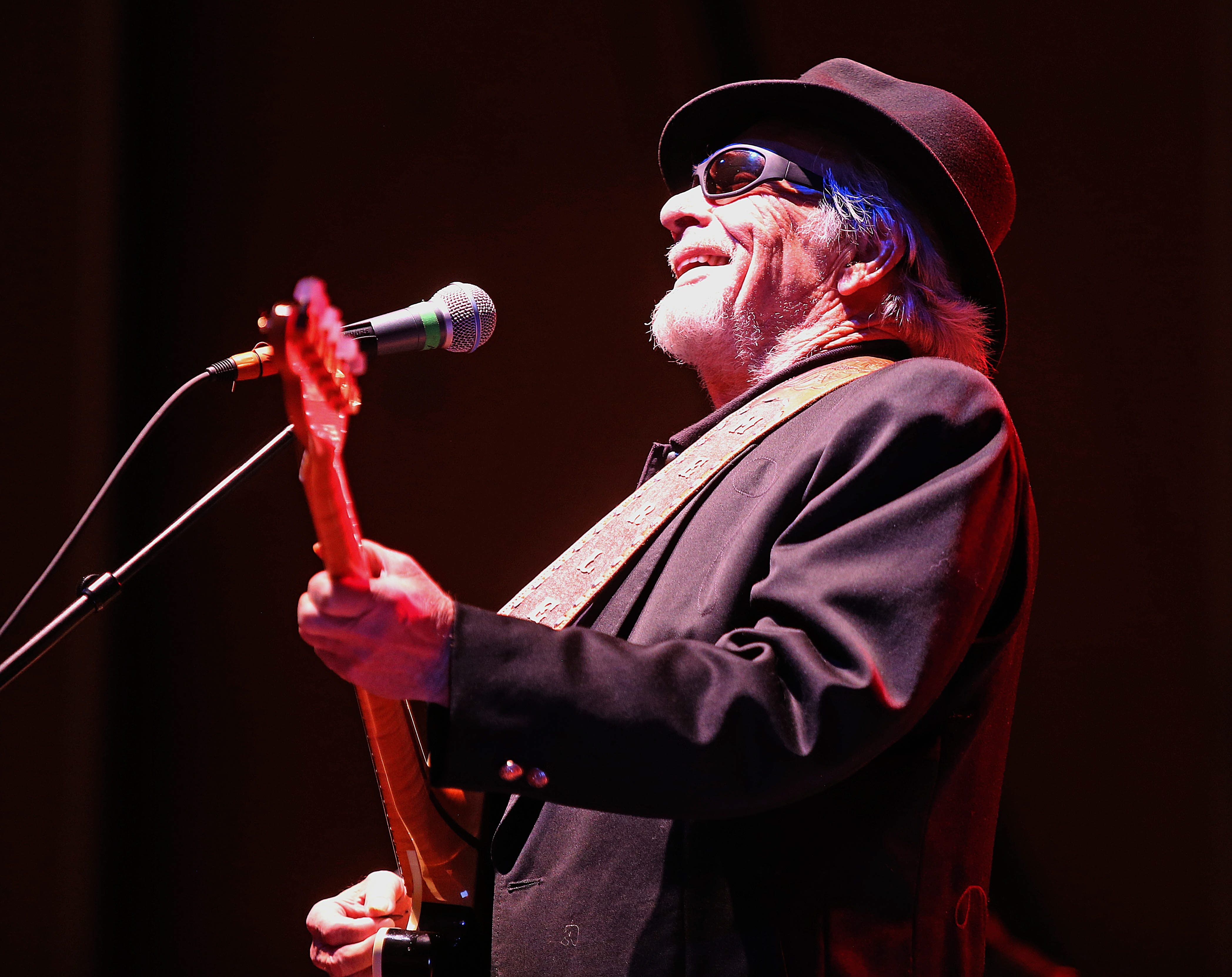 Country music legend Merle Haggard treated fans to a 23-song set at a packed Kleinhans Music Hall on Friday.