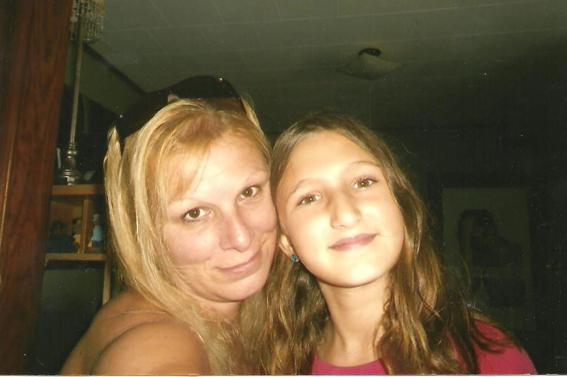Melissa Moskaluk, shown with daughter Brianna Newell, 10, has a human services degree but has been out of work for five years.