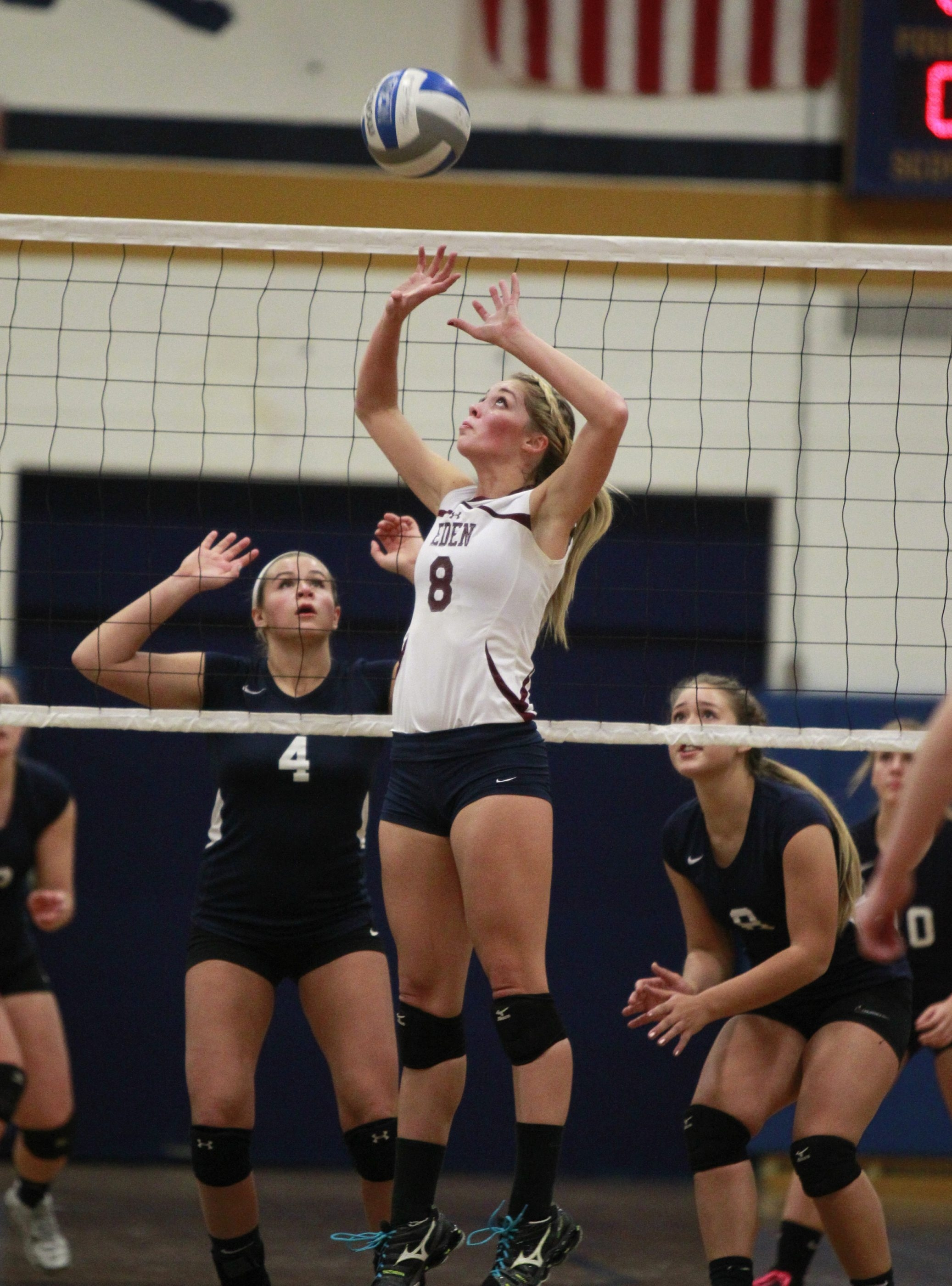Eden's Lainy Pierce sets up a teammate against Southwestern during the Lady Raiders' victory on Monday.