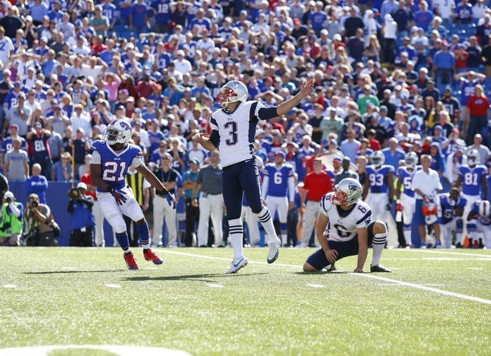 New England Patriots kicker Stephen Gostkowski watches as his game-winning field goal splits the uprights with 5 seconds left in the fourth quarter. (Harry Scull Jr. /Buffalo News)