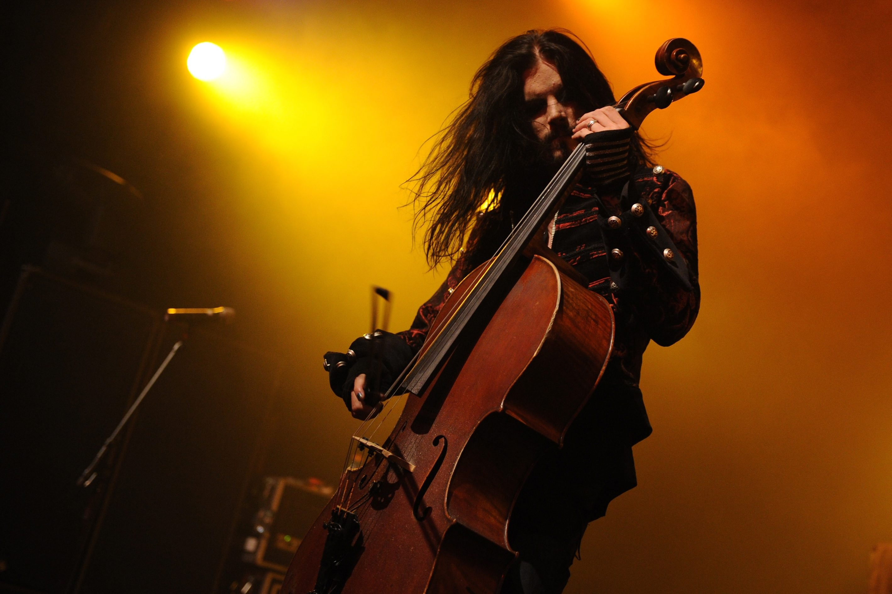 """Finland classical metal ensemble Apocalyptica, including Perttu Kivilaakso, offers an ambitious marriage of symphonic music and heavy metal in """"Wagner Reloaded."""""""