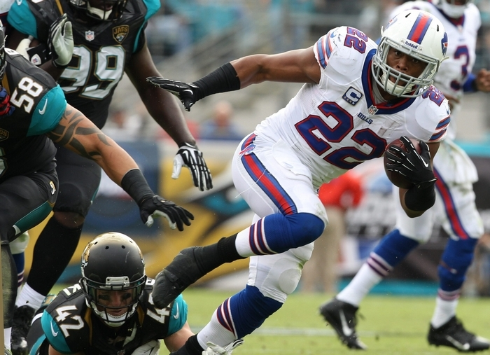 Bills running back Fred Jackson rushes for a first down in the second quarter. (James P. McCoy/Buffalo News)