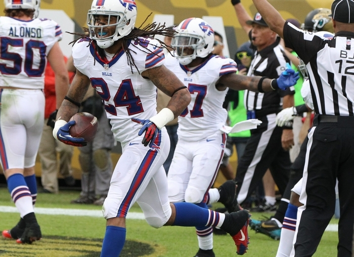 Bills cornerback Stephon Gilmore celebrates his interception late in the fourth quarter Sunday. (James P. McCoy/Buffalo News)