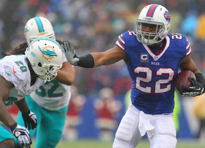 Fred Jackson rushed for 111 yards despite having broken ribs during Sunday's Bills win over Miami.  (Mark Mulville/Buffalo News)