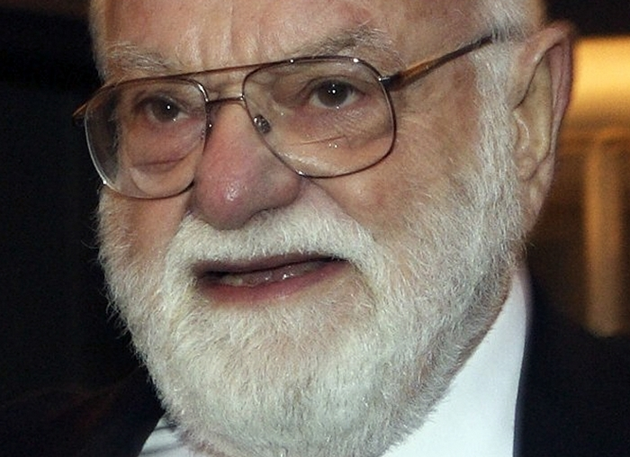 """FILE – In this March 23, 2006 file photo, Lord of the Rings producer Saul Zaentz arrives for the premiere of the the theater production in Toronto.  Zaentz, a music producer whose second career as a filmmaker brought him best-picture Academy Awards for """"One Flew Over the Cuckoo's Nest,"""" """"Amadeus"""" and """"The English Patient,"""" died Friday, Jan. 4, 2014 in San Francisco. He was 92.(AP Photo/The Canadian Press, Frank Gunn, file)"""