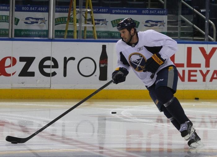 Matt Ellis' work ethic has earned him a spot on the Sabres' fourth line. (John Hickey/Buffalo News)