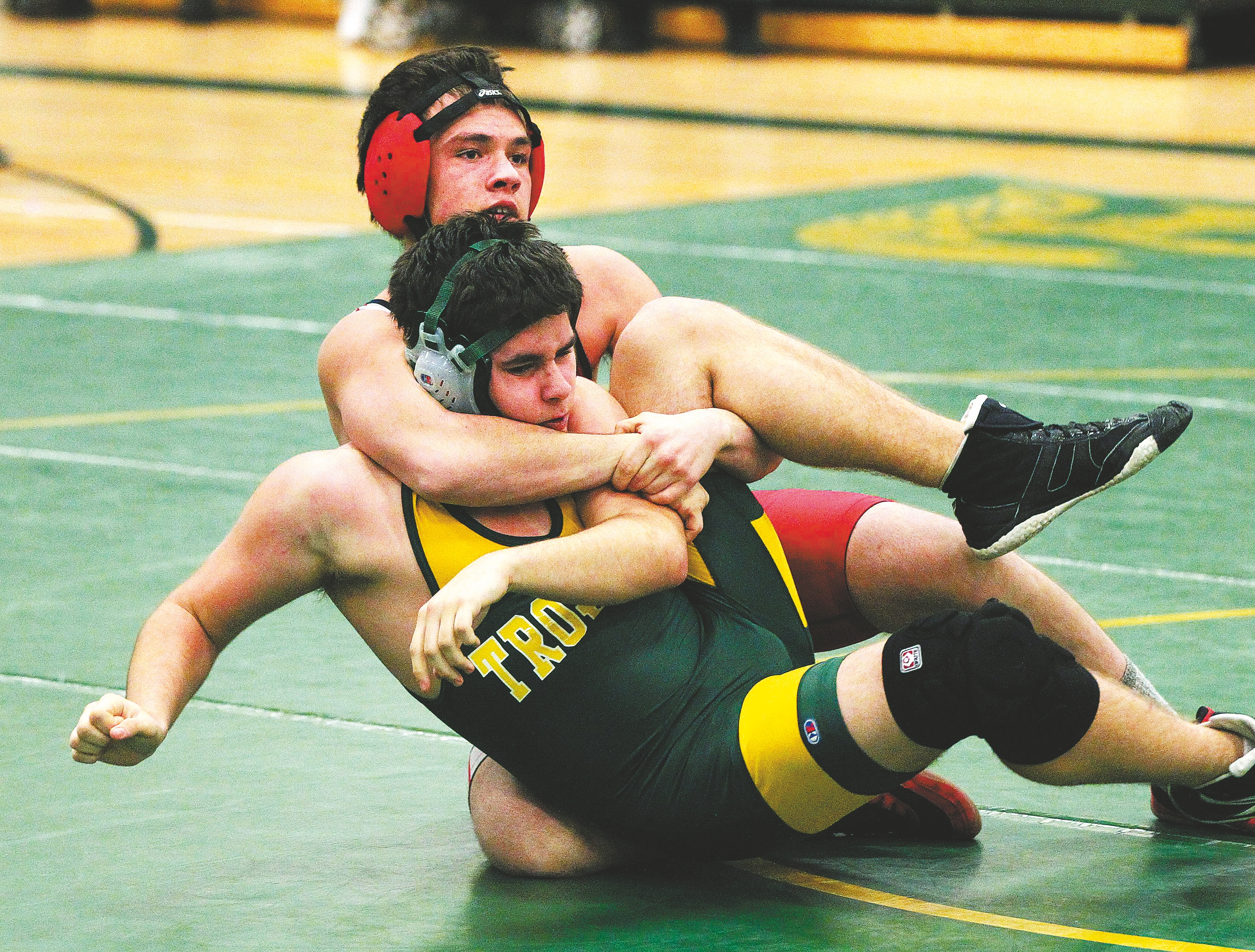 Iroquois' Jacob Seiner beat West Seneca East's Brenden Mages in the 160-pound weight class during their match won by the Chiefs, 67-15.