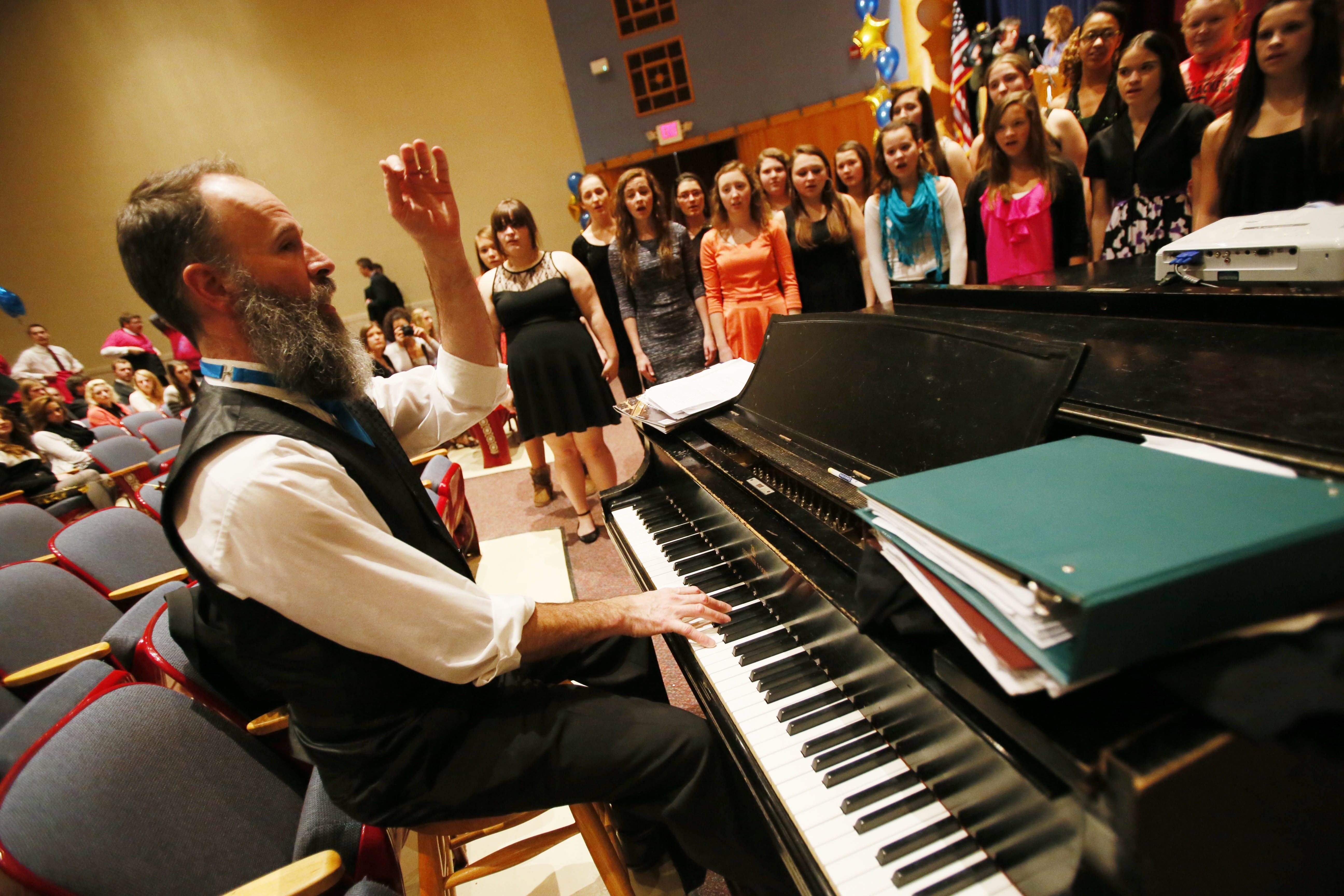 Kent Knappenberger warms up the Westfield Choir of Wolverines prior to a Jan. 15 event honoring his being named one of 10 finalists for the Grammy award.