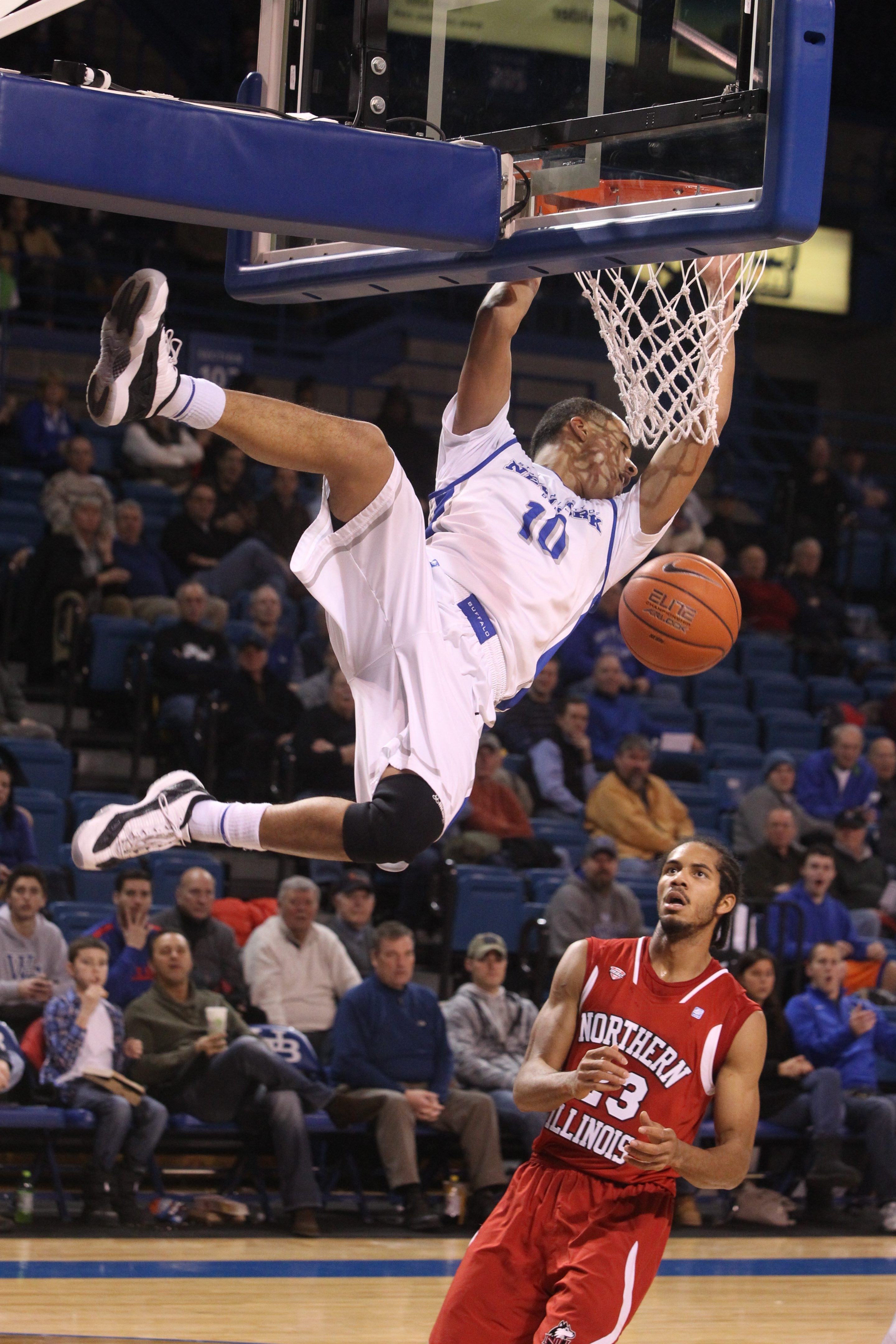 Jarryn Skeete and the UB Bulls slammed Northern Illinois during their Mid-American Conference opener Wednesday night at Alumni Arena.
