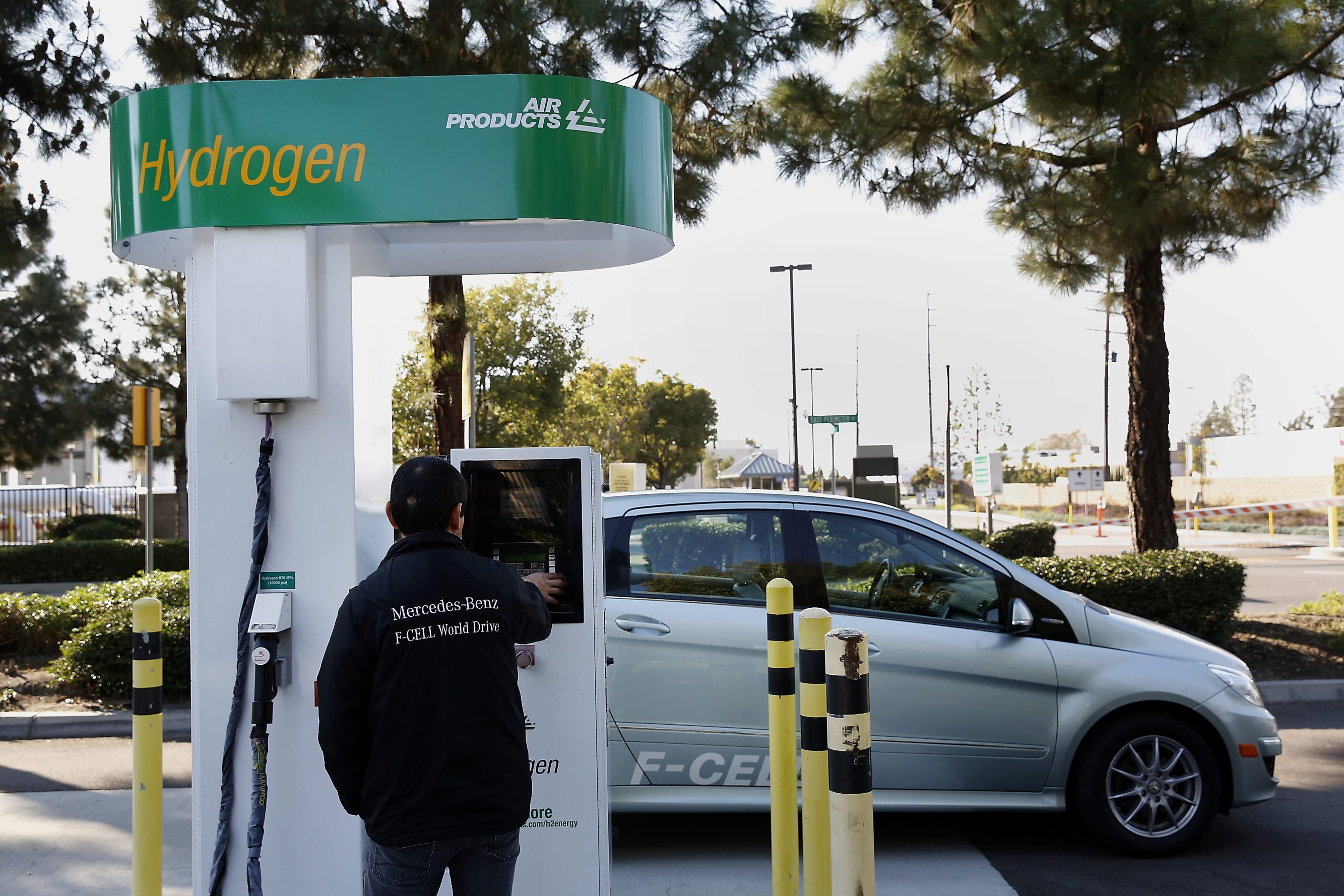 Hydrogen gas made in a process that starts with waste is piped to pumps where fuel-cell autos are refueled daily.