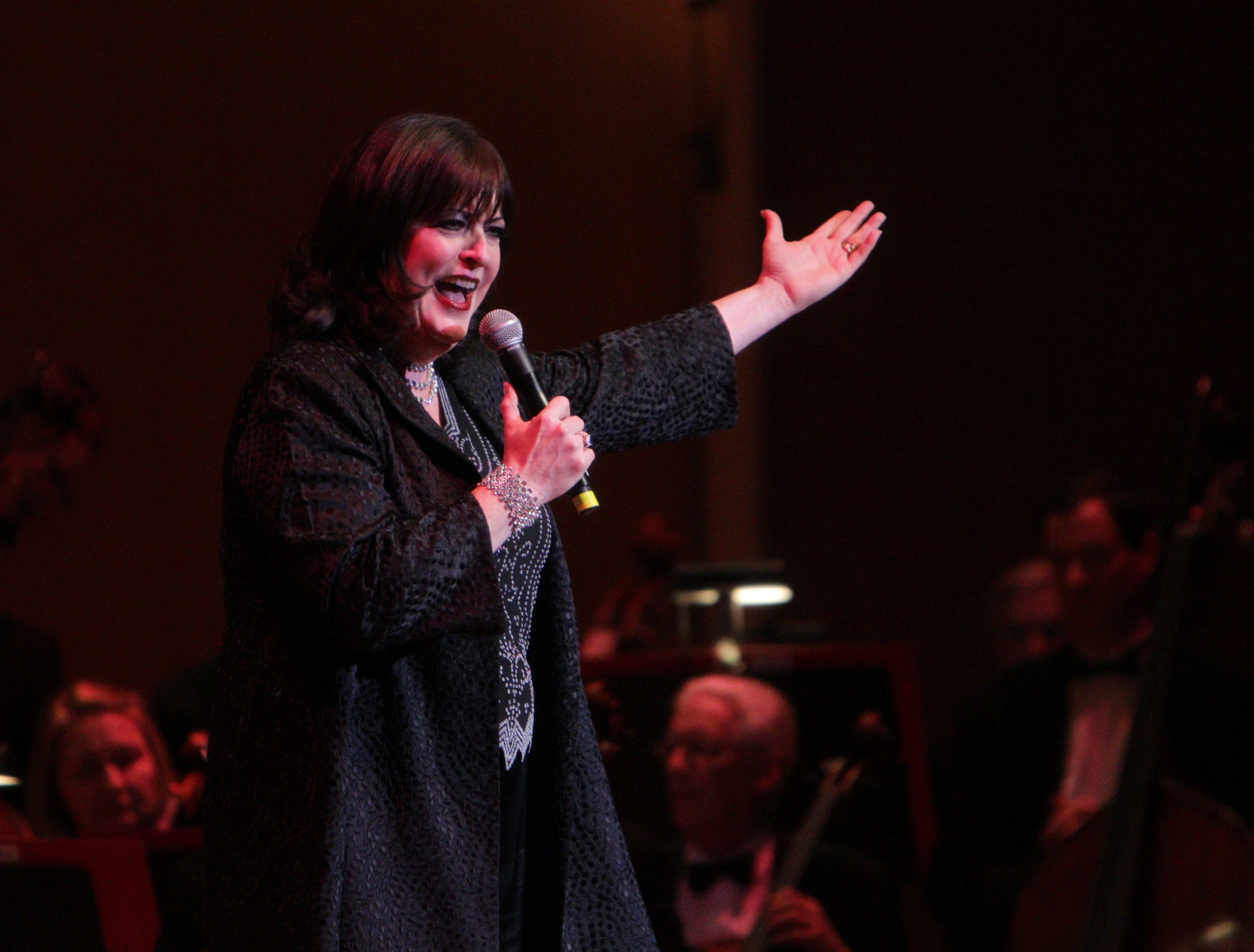 Ann Hampton Callaway added some improvisational moments during her performance Saturday.