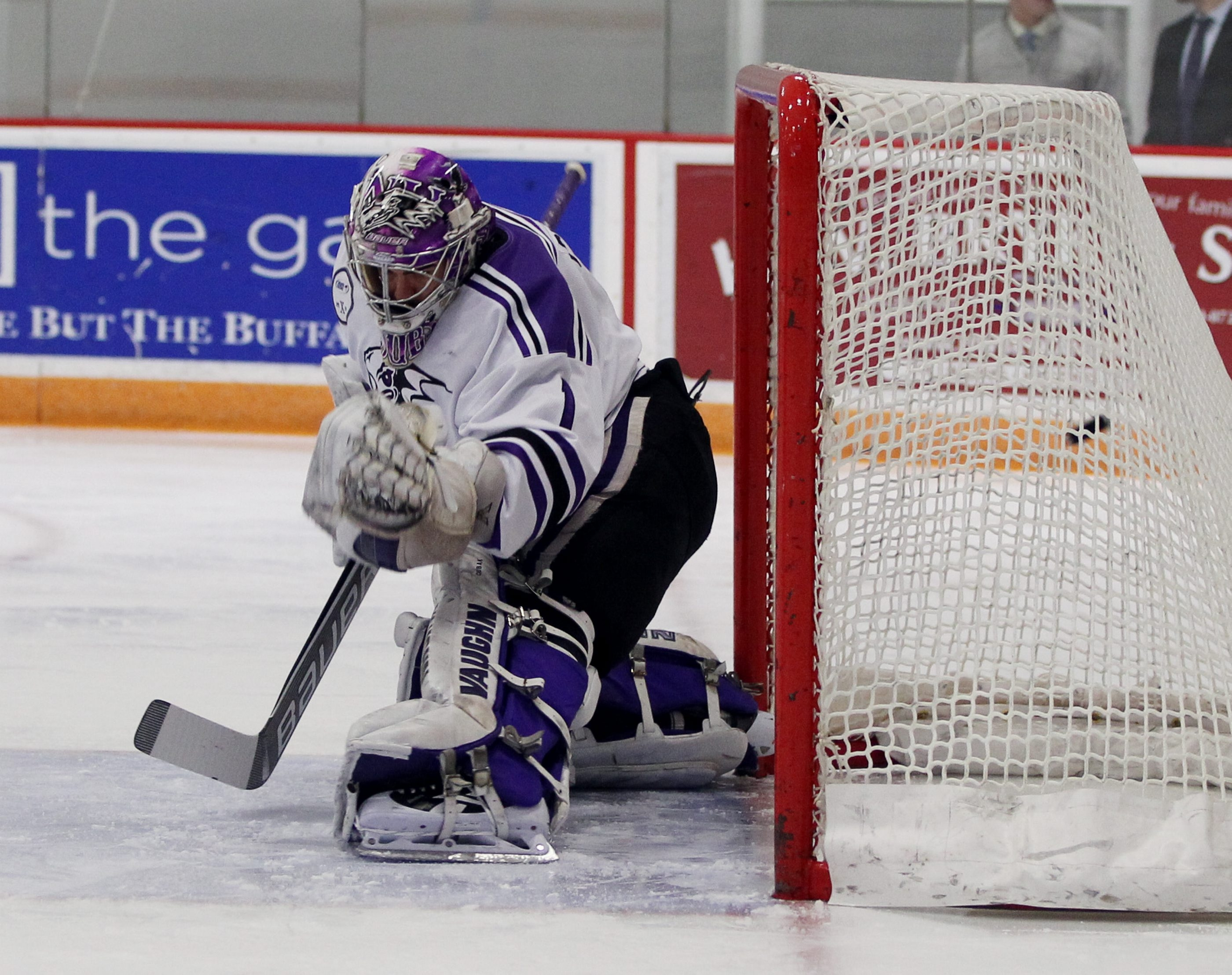 At Niagara University last season, goalie Carsen Chubak was among the nation's elite, but his transition to minor-league hockey has made it difficult to show what he can do.