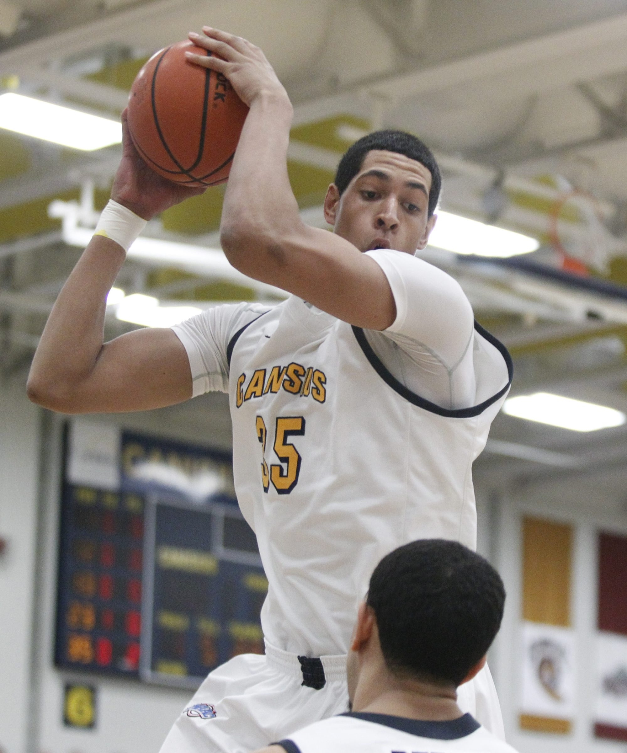 Jordan Heath and the Golden Griffins can make a big statement about the MAAC race in their upcoming games.