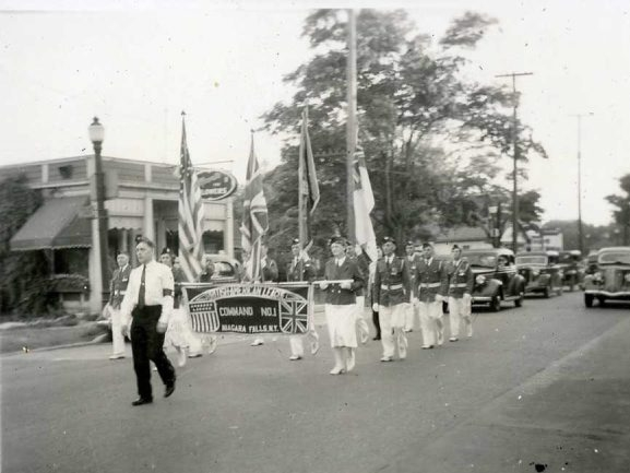 Pictures from the 1940s show a parade and children playing in Jayne Park during LaSalle Field Days.