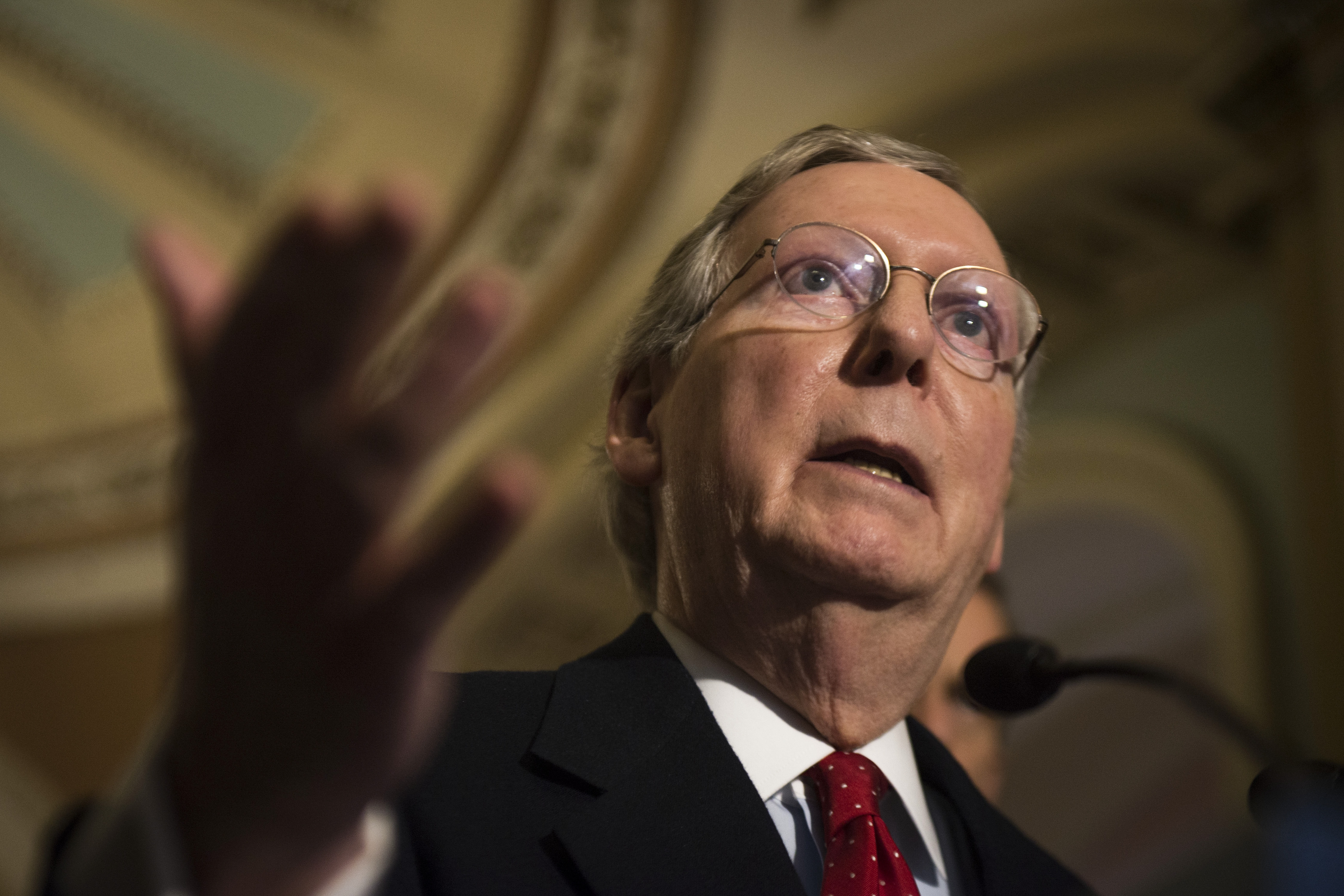 Sen. Mitch McConnell of Kentucky and other Republican leaders are challenging conservative advocacy groups in an aggressive effort to undermine their credibility.