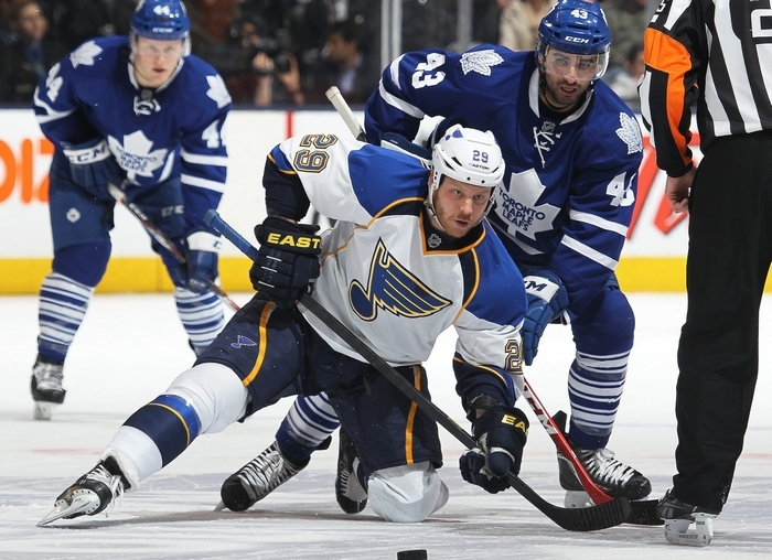 Former Sabres' captain Steve Ott (29) battles the Maple Leafs' Nazem Kadri in a recent game. Ott faces his former teammates tonight. (Getty Images)