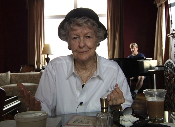 """""""Elaine Stritch: Shoot Me,"""" a documentary film directed by Chiemi Karasawa, captures Stritch as she prepares a cabaret show of Stephen Sondheim songs."""