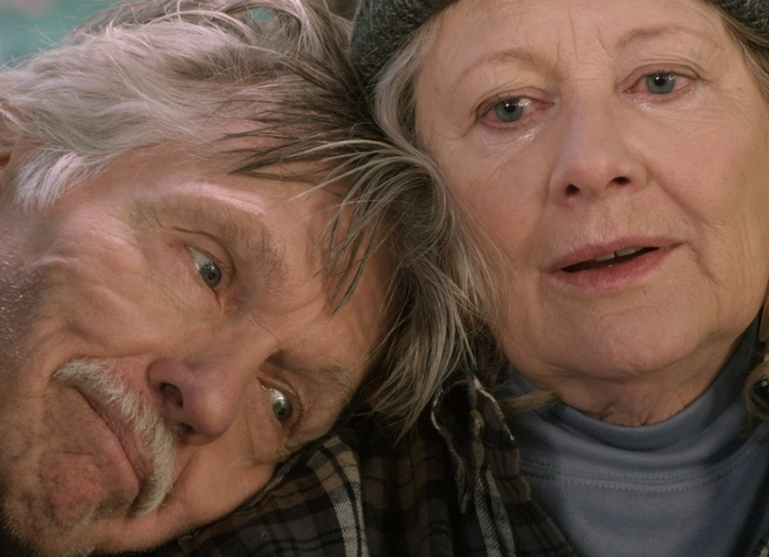 "Tom Skerritt and Shirley Knight are strangers who quickly bond in ""Redwood Highway,"" opening Friday in the Screening Room Cinema Cafe."