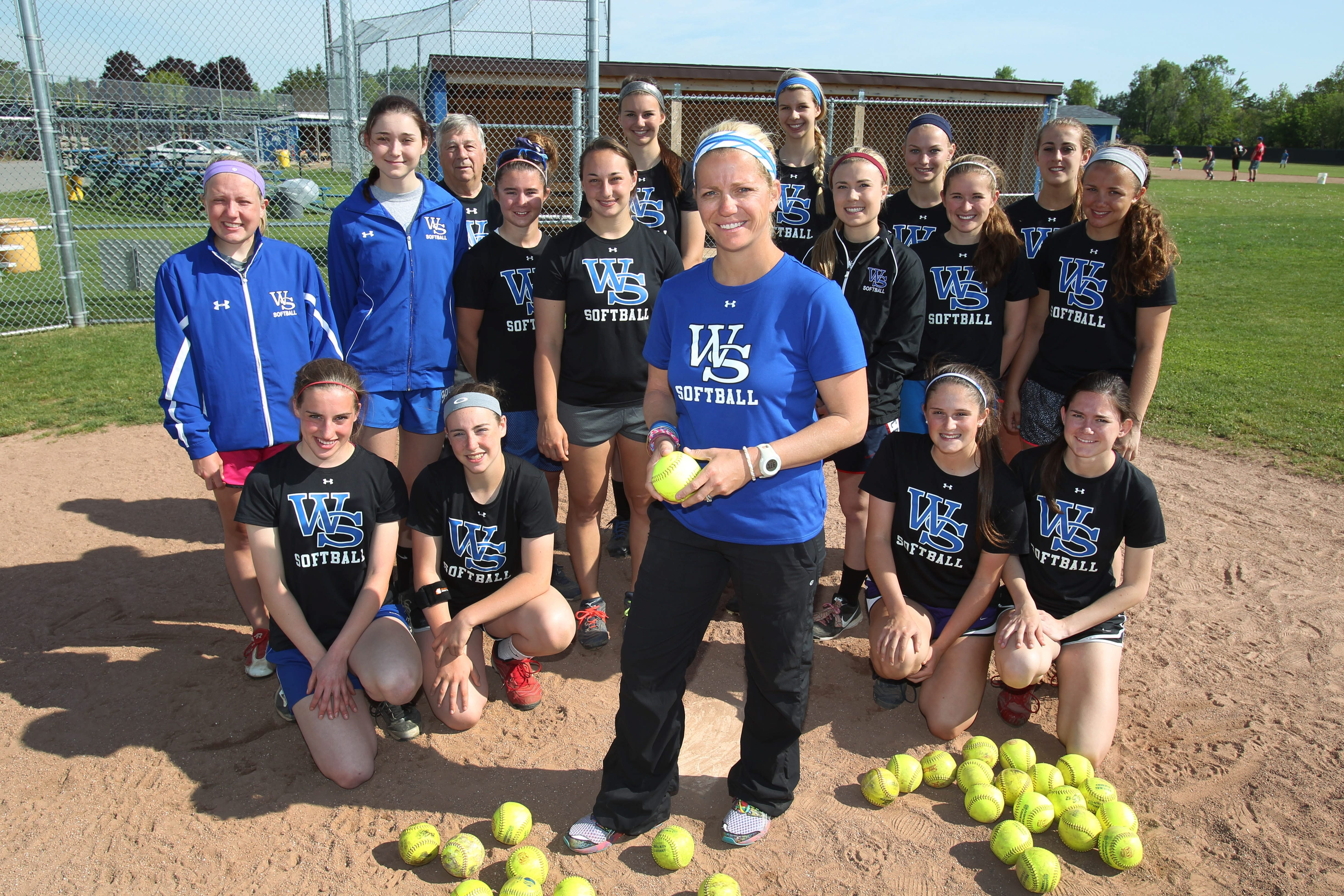 Williamsville South won its first league title since the death of its cherished coach Gerry Gentner. The Billies, coached by Genter's daughter, Julie, earned the No. 1 seed in Class A with a 16-2 record. They host Kenmore East today in a quarterfinal game.