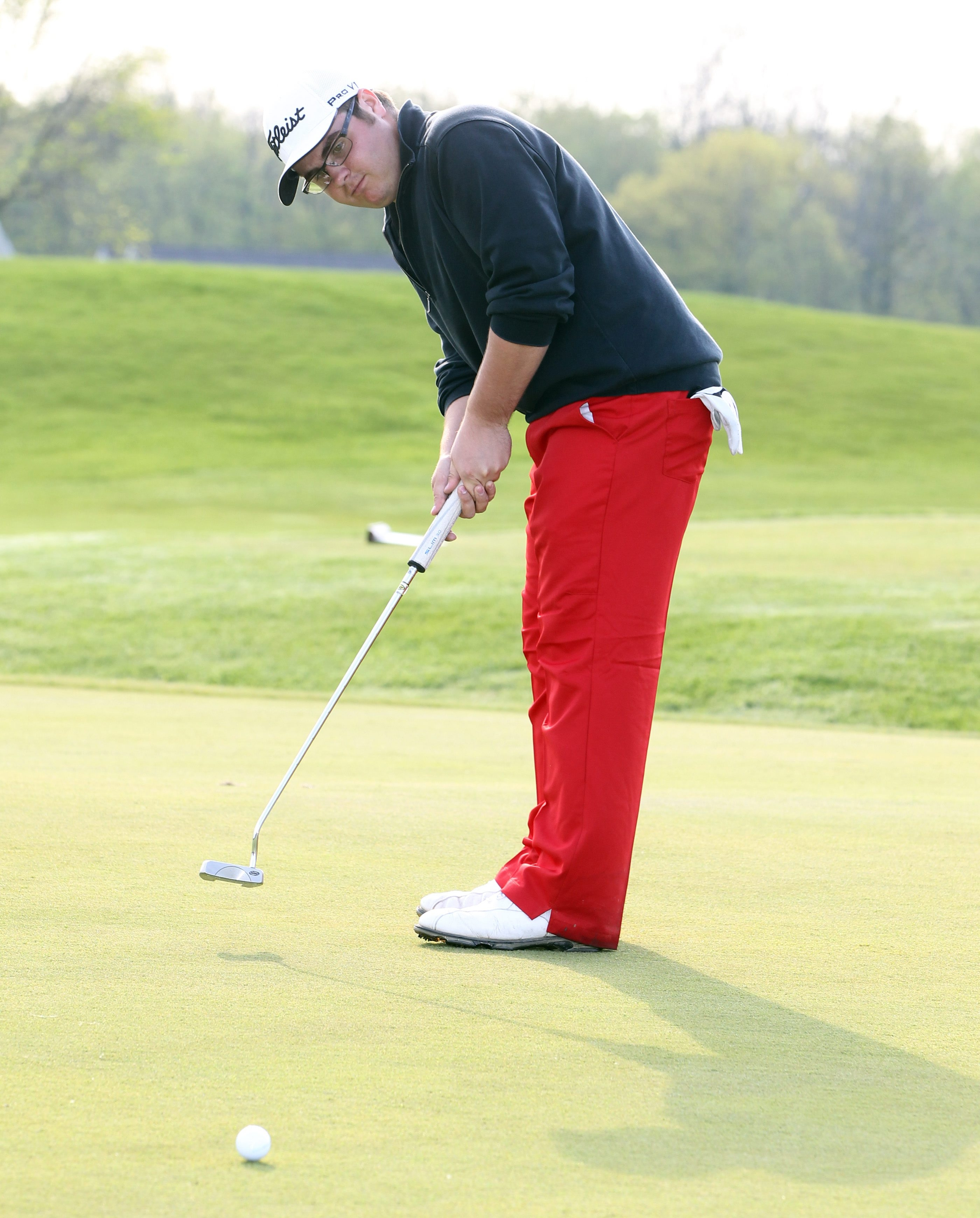 Orchard Park's Adam Patronik won the sectionals by five strokes.