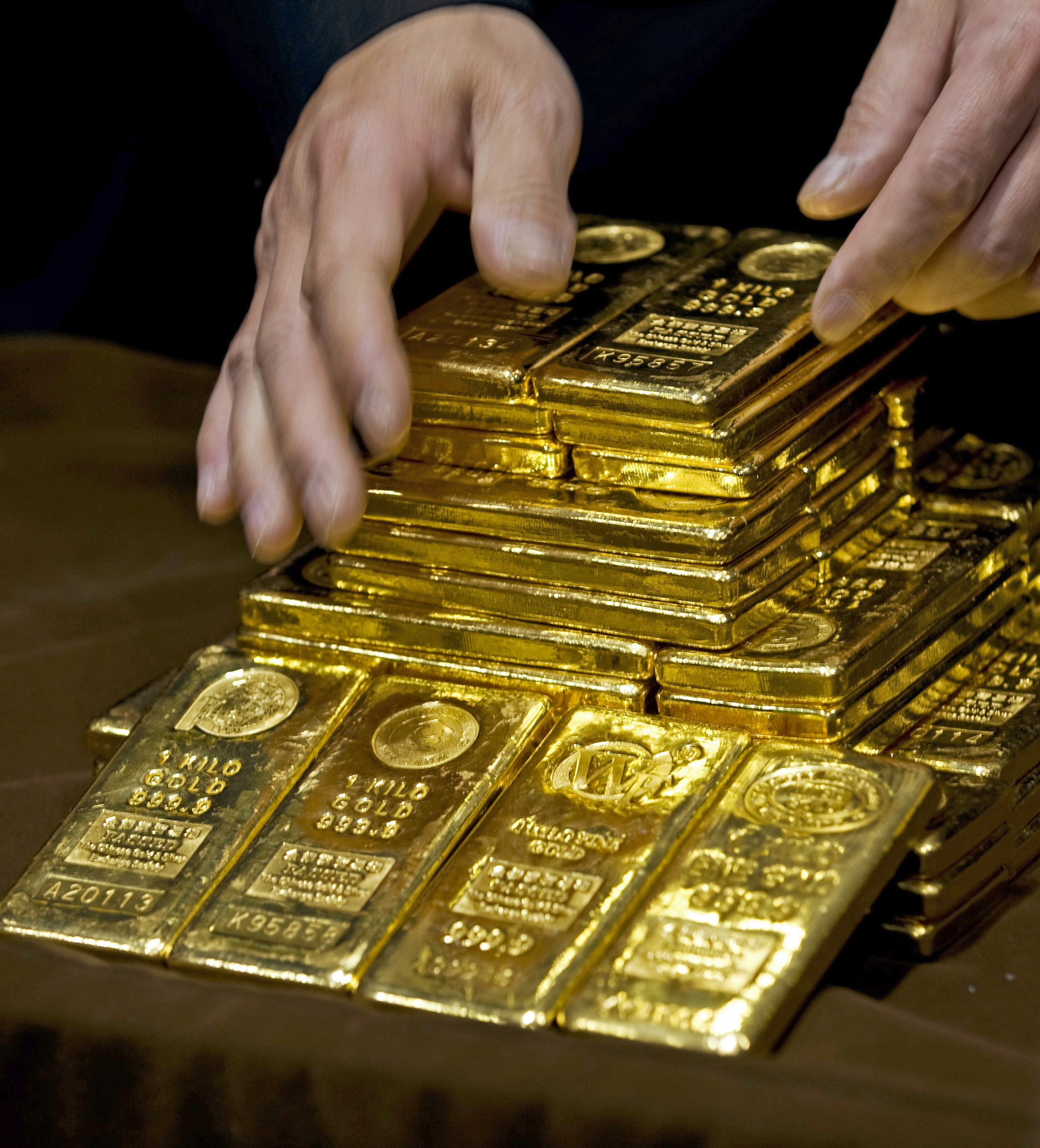Gold traders have complained for years that a select few banks have colluded in setting the price of gold.