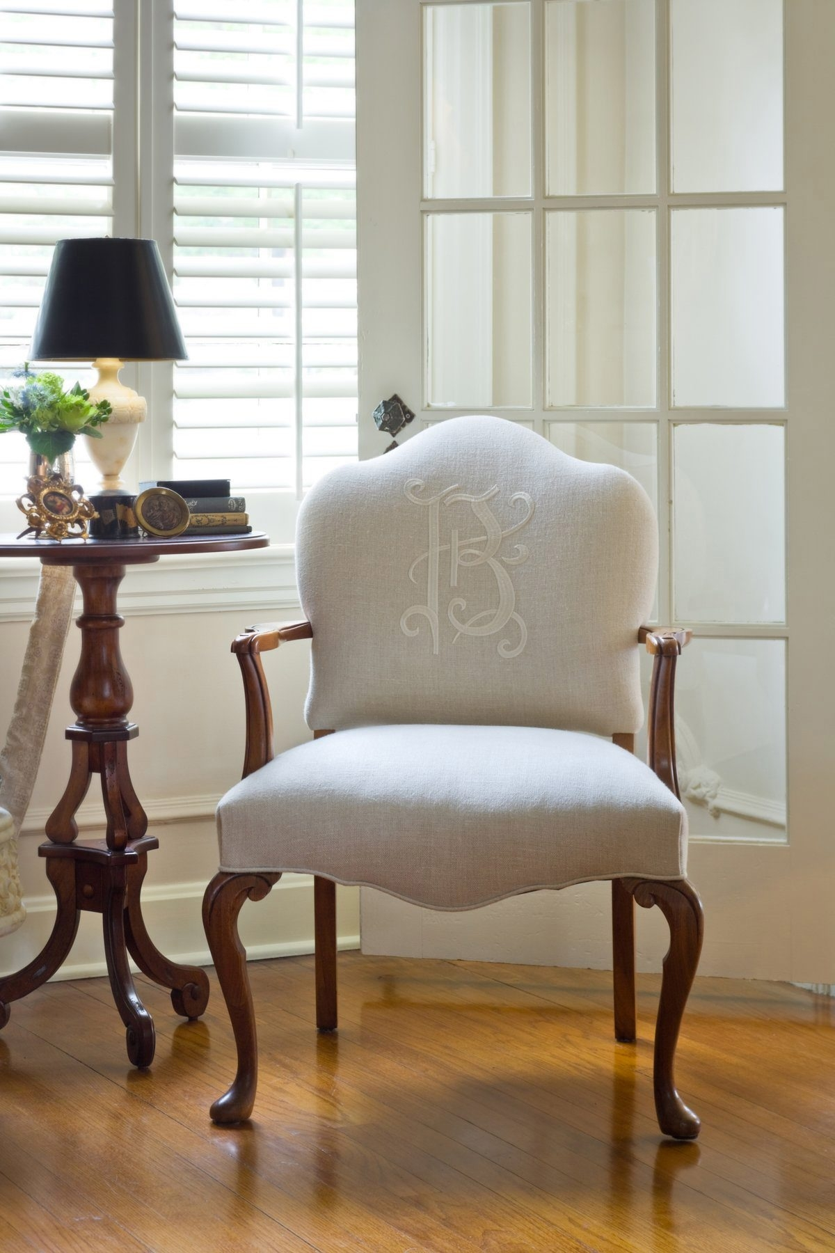 If you want to add a little something extra – a small detail that makes your rooms so personal and unique – add some monograms.