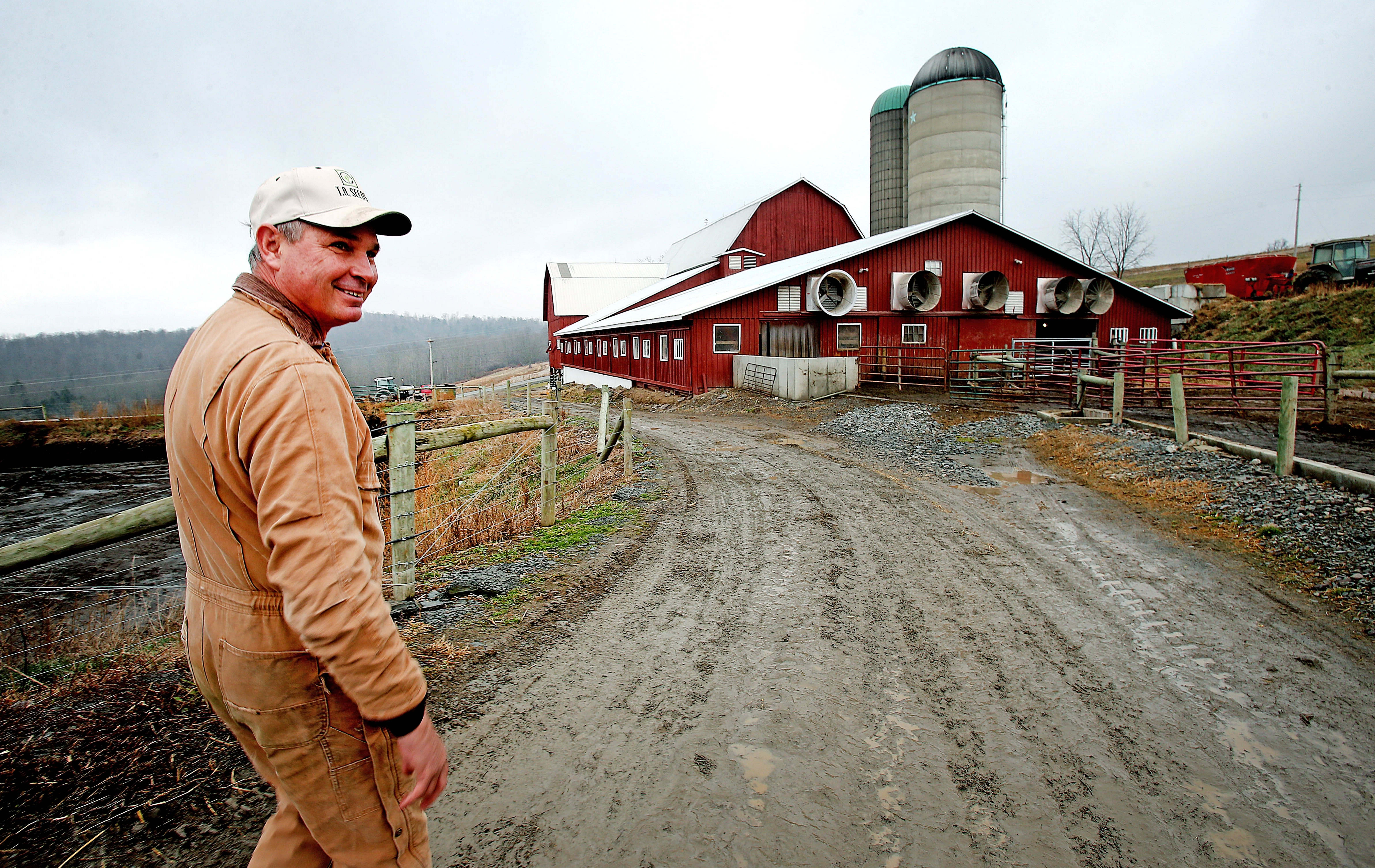 Jim Van Blarcom, who has nine gas wells on his farm, has expanded his business fivefold since 2009, erecting a new barn and investing in hog farming.