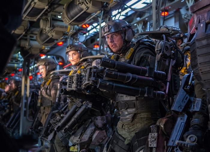 """Tom Cruise plays a cowardly, self-important Army major in """"Edge of Tomorrow."""""""