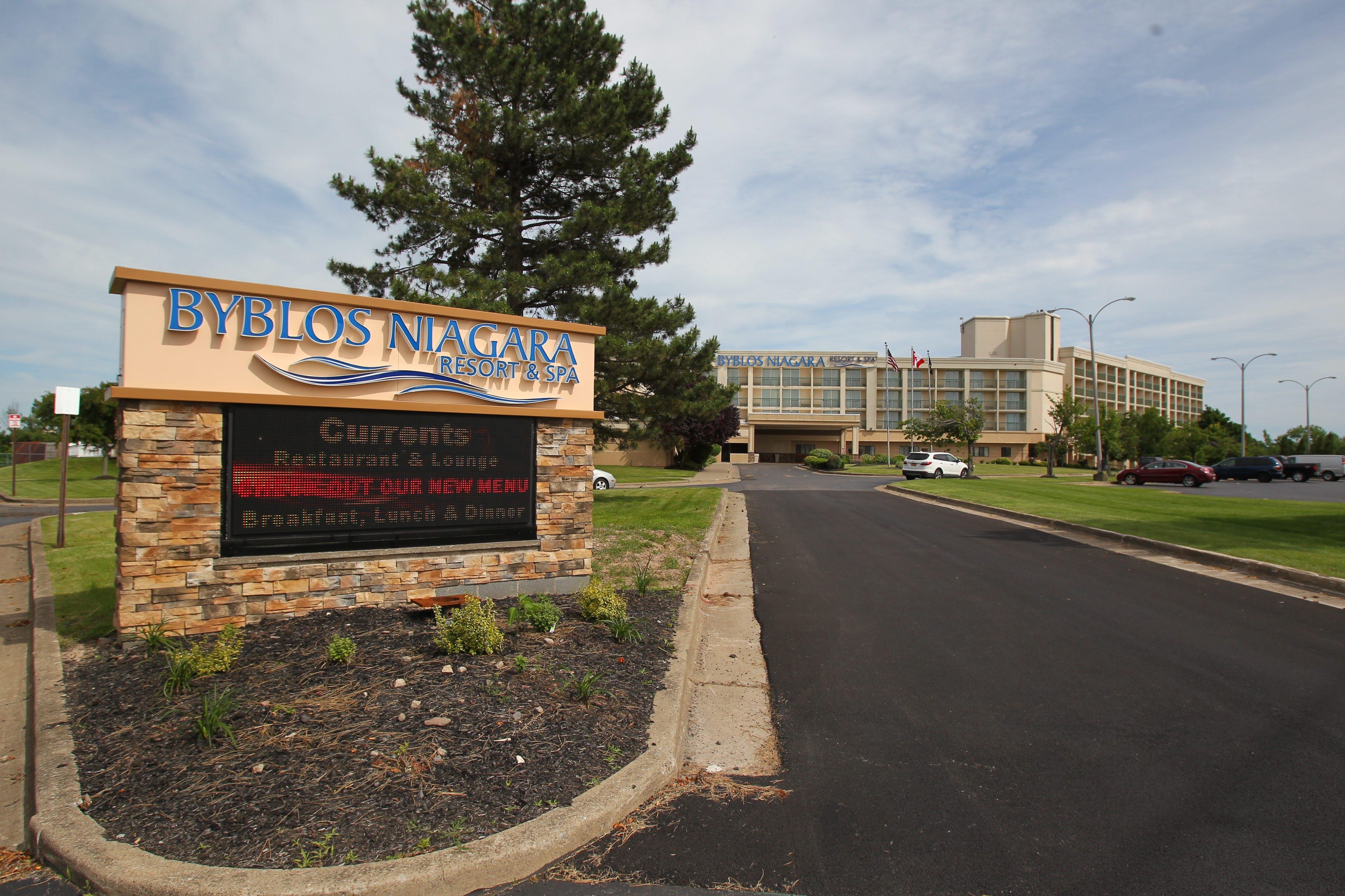 The Byblos Niagara Resort and Spa (Former Holiday Inn) on Grand Isalnd Friday, June 20 , 2014.  (Mark Mulville/Buffalo News)