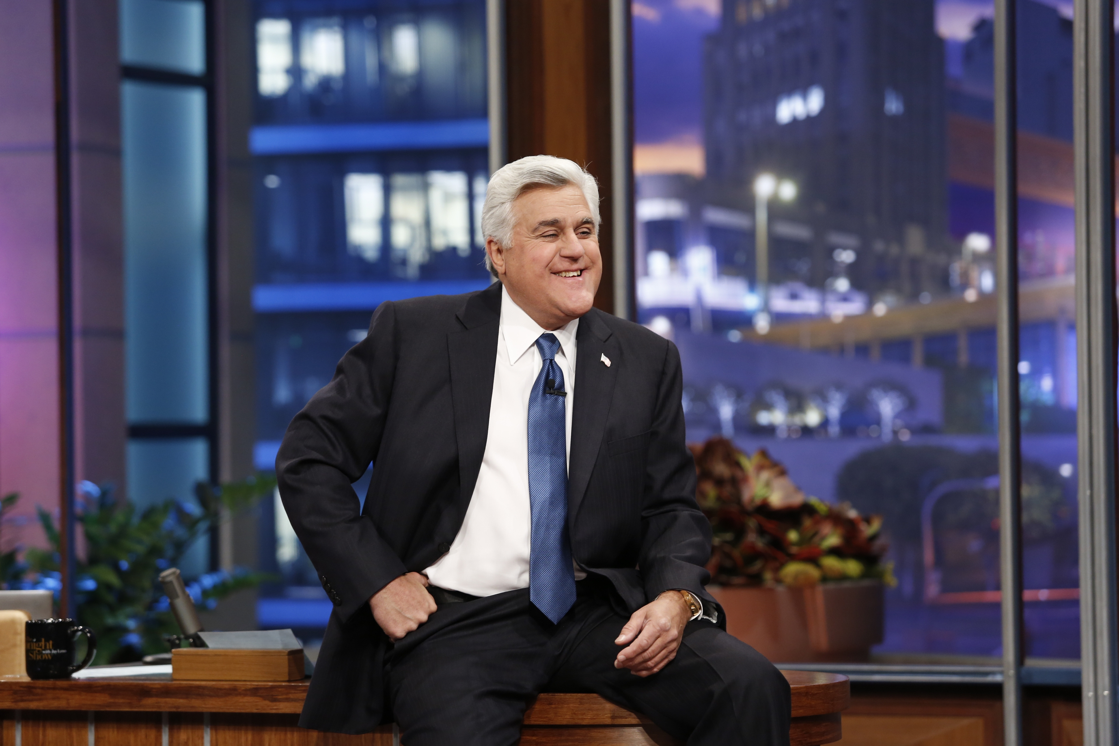 Jay Leno will be given the Mark Twain Prize for American Humor, the nation's top humor award.