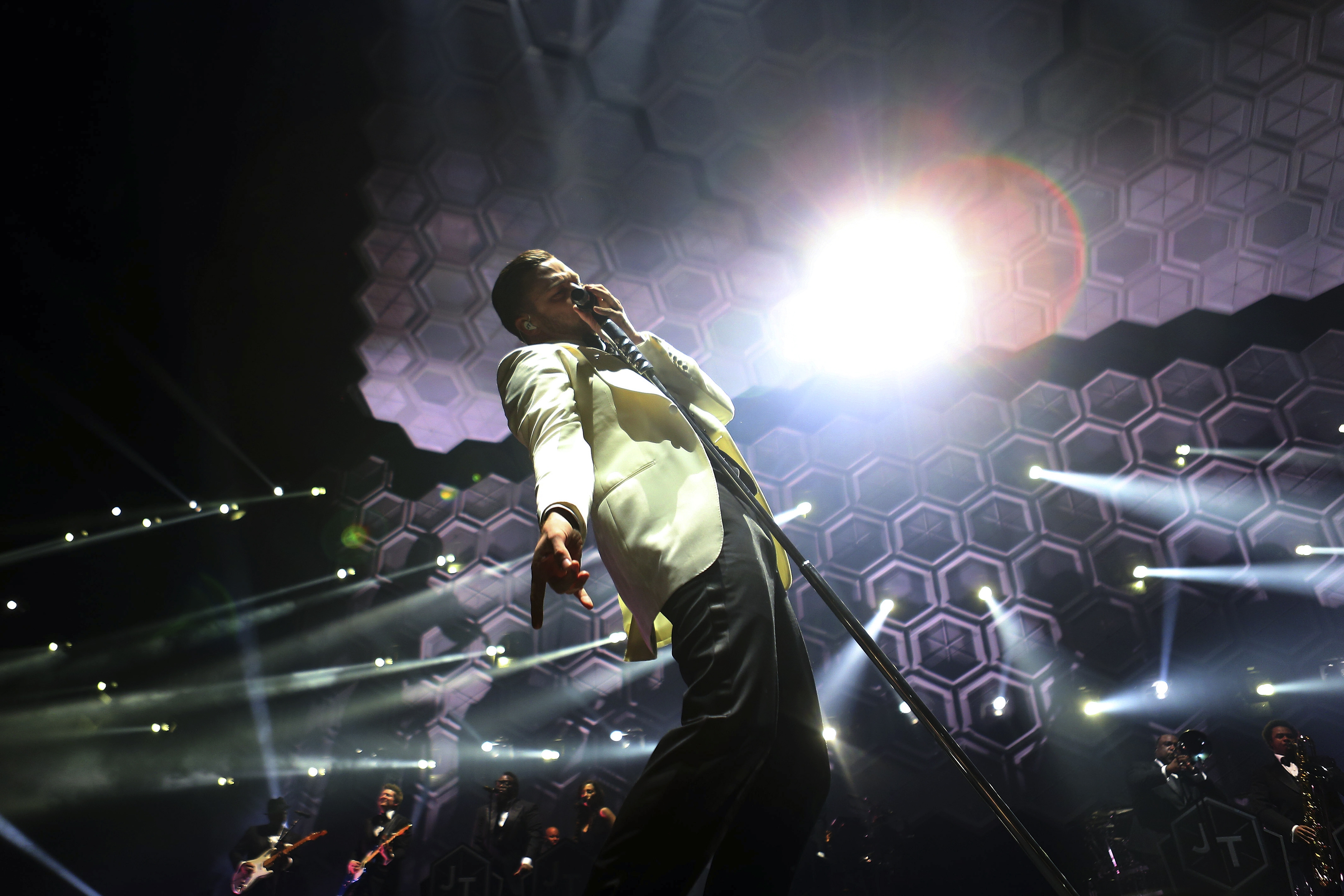 Justin Timberlake's connection with his fans crosses genre, gender lines.