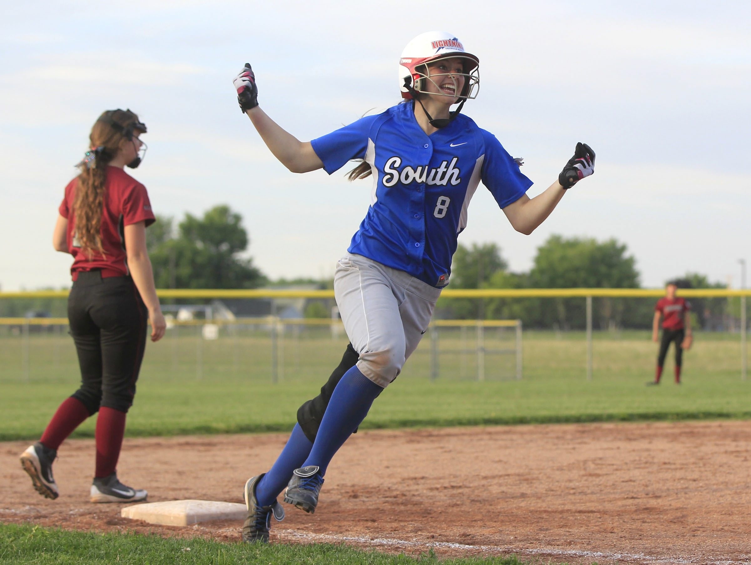 Williamsville South's Brianna Clark rounds third base after hitting a walk-off home run to beat Starpoint, 6-4, in the Class A championship game Wednesday. Additional photos on Page B7 and Picture Page, D8.
