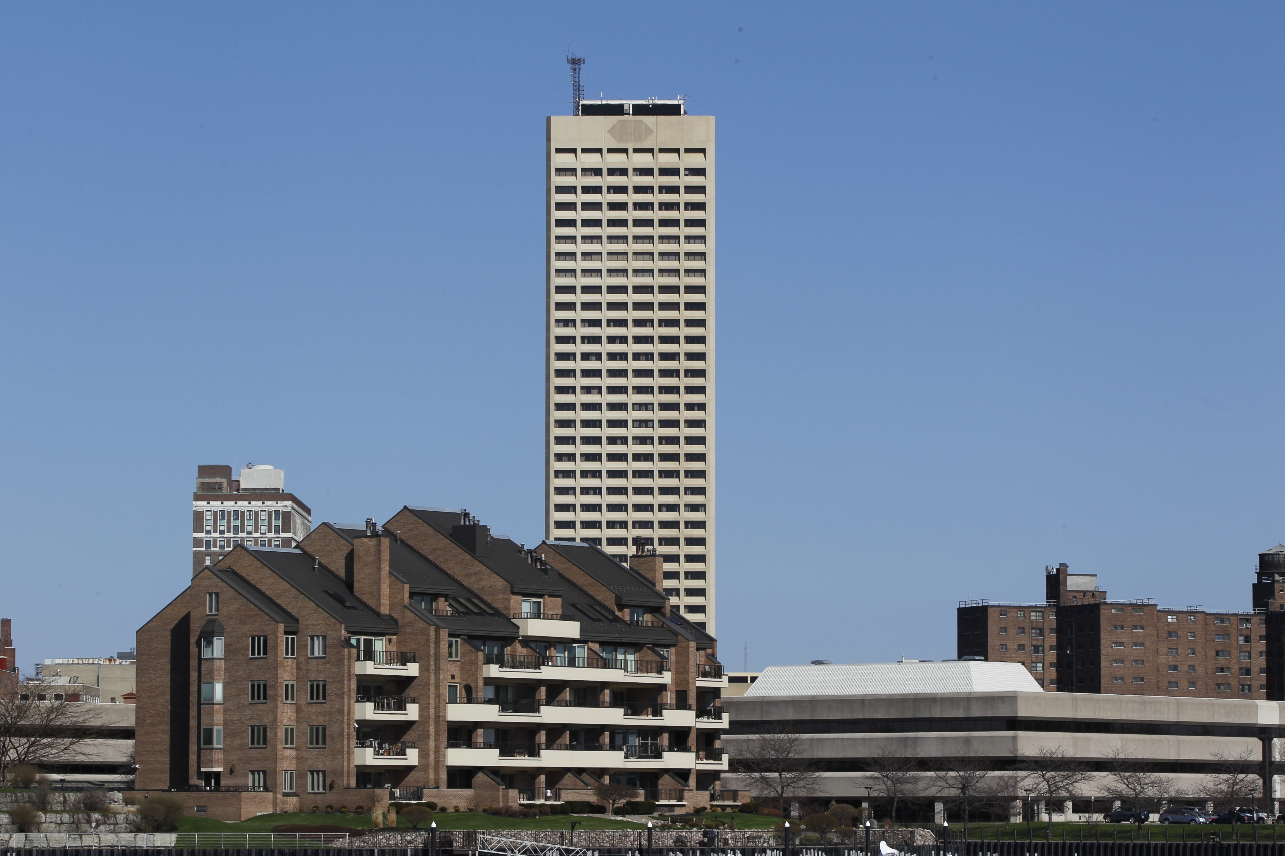 Phillips Lytle says it was overcharged by its former landlord, Seneca One Realty, for its offices at Buffalo's tallest building.