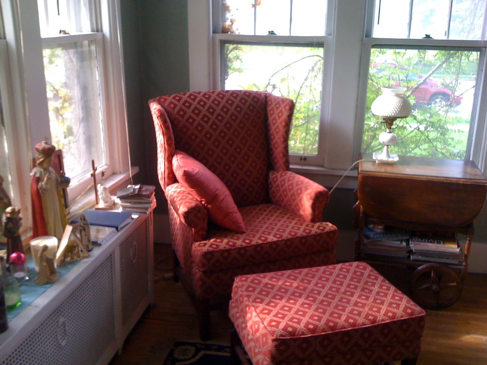 Become the new owner of an old chair and it can trigger a day of redecorating a room.