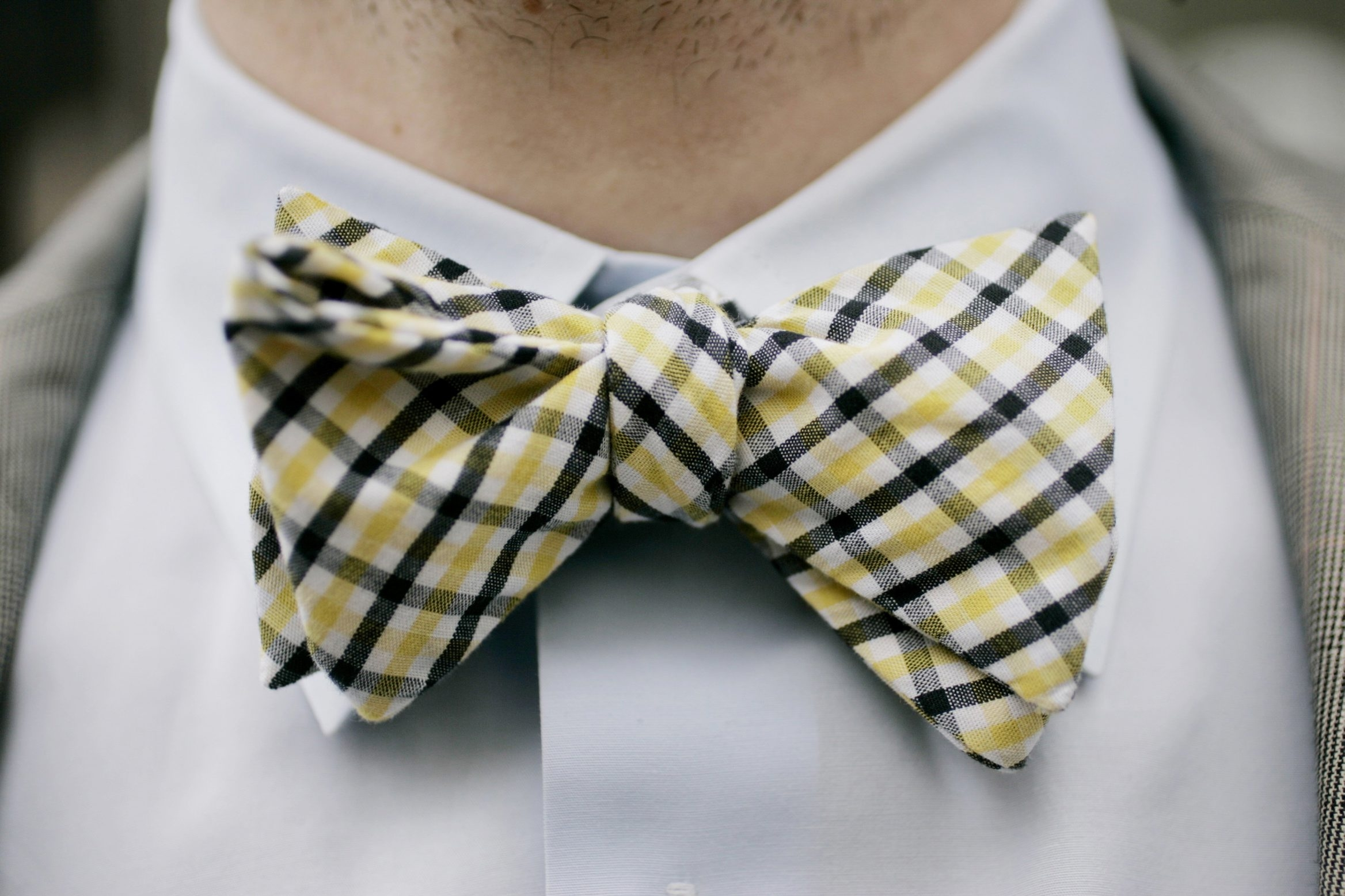 Fun bow ties allow for a pop of color. Choose from classic stripes, dots and plaids, among other designs.