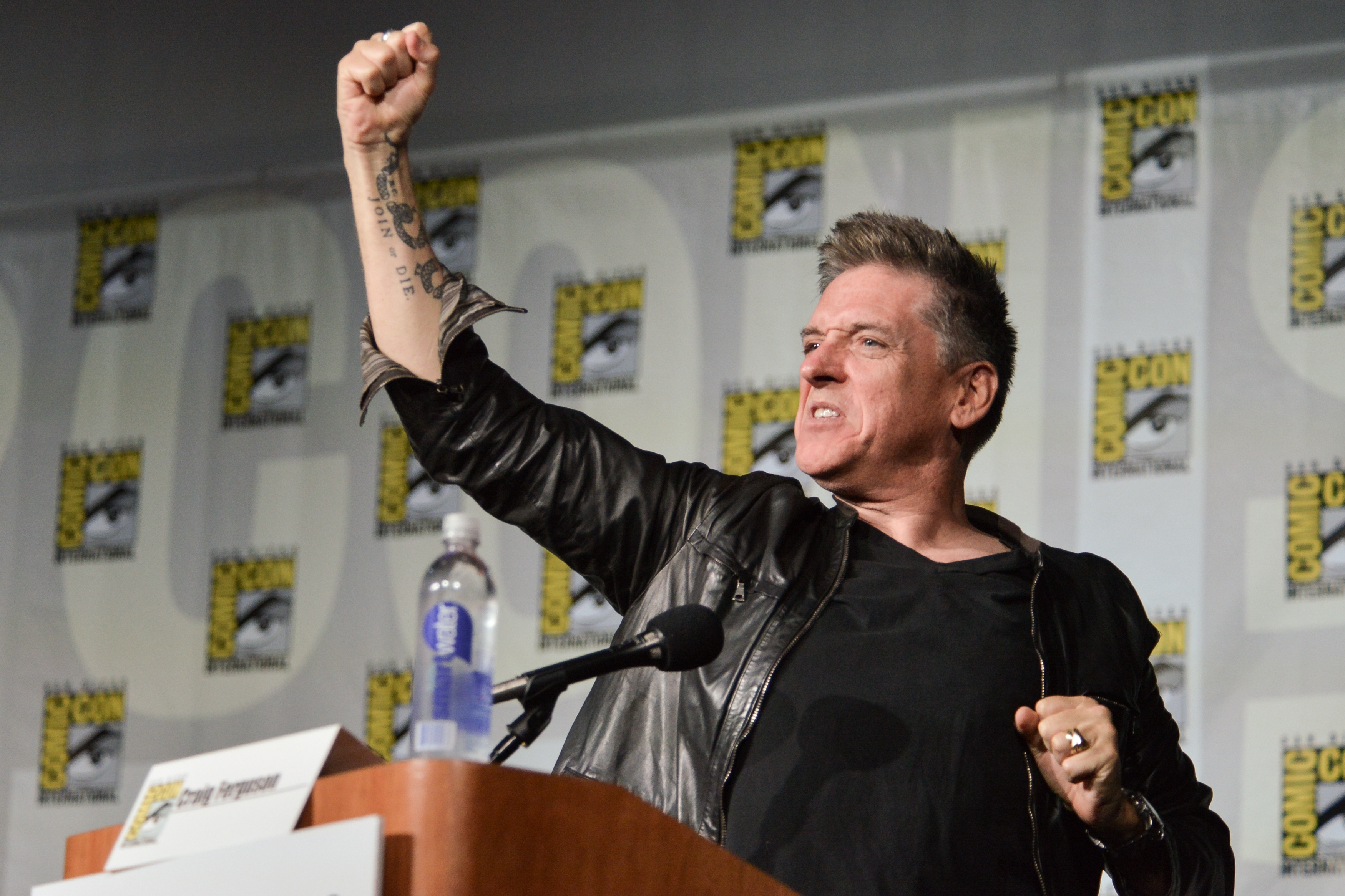"Going out with a bang: Craig Ferguson moderates the ""Big Bang Theory"" panel on the second day of the Comic-Con International Convention in San Diego on Friday."
