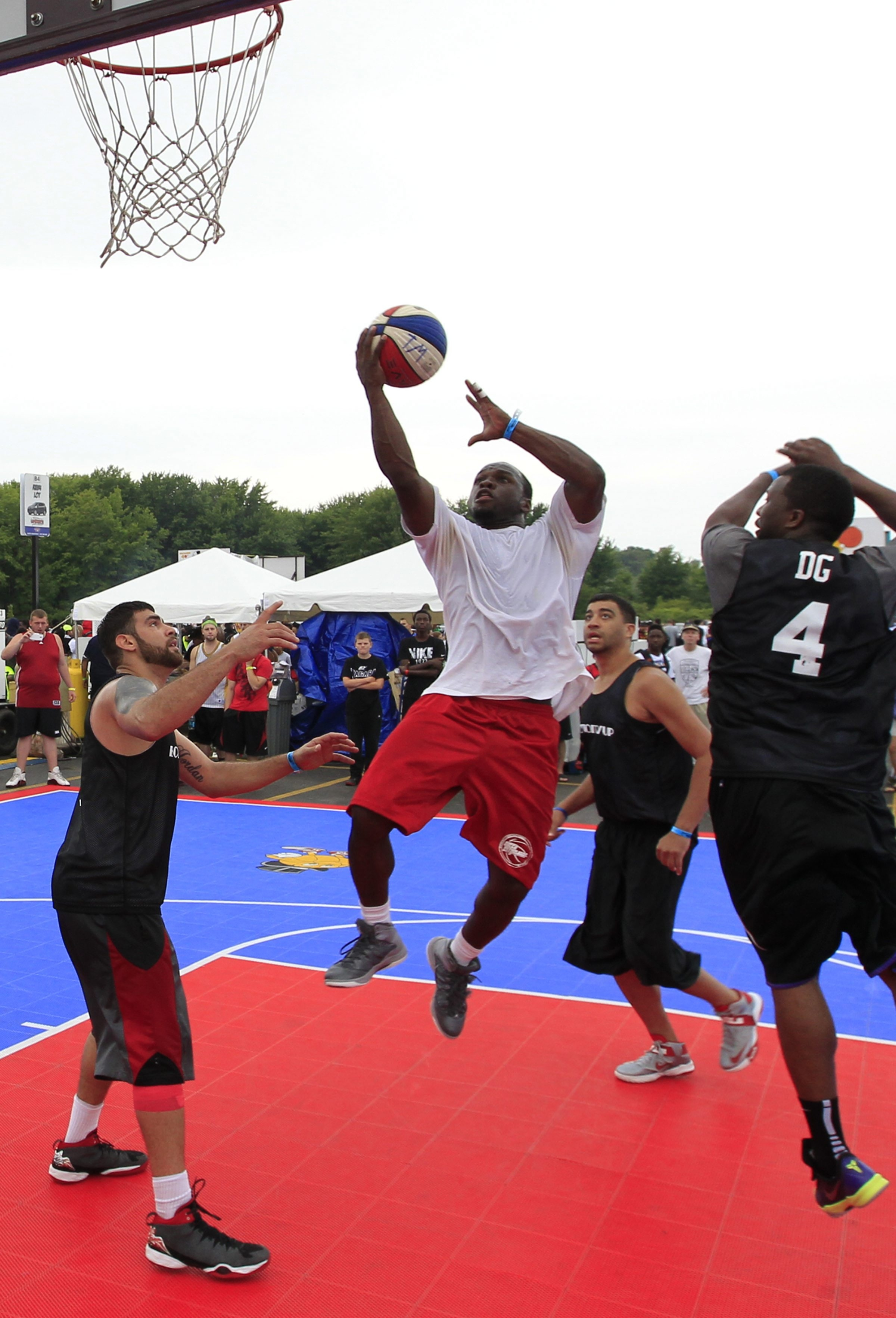 Maceo Wofford from the Team Breth had 13 of his team's 18 points in the Gus Macker men's final.