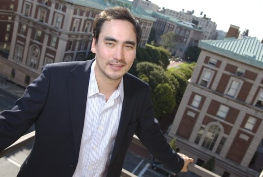 Tim Wu, the law professor who coined the term 'net neutrality,' hopes to challenge Kathy Hochul in a Democratic primary for the nomination for lieutenant governor.
