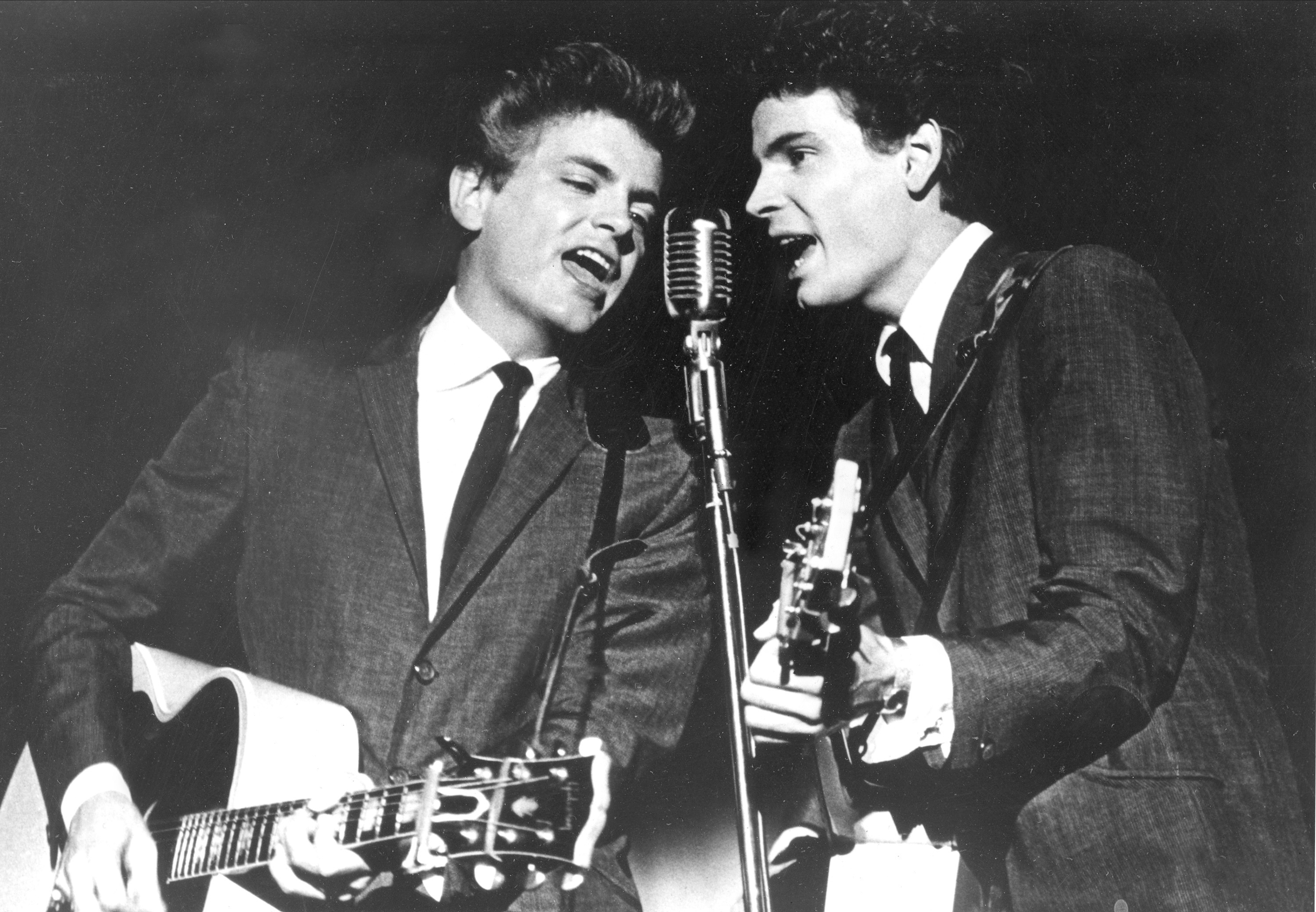 The Rock and Roll Hall of Fame has announced a tribute concert honoring Don and Phil Everly of The Everly Brothers on Oct. 25 in Cleveland.