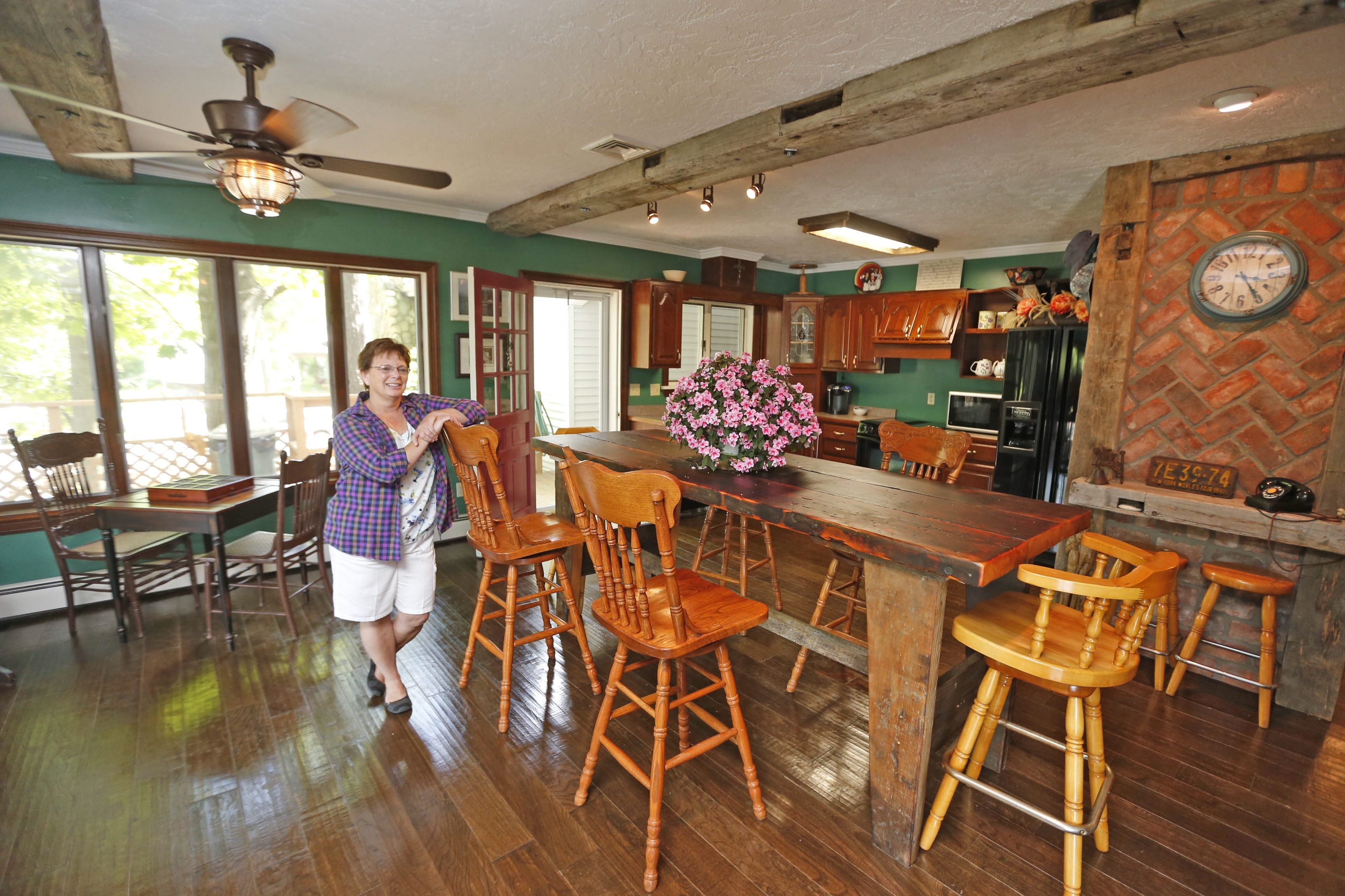 Diane Johnson has just opened a new inn and will conduct haunted harbor walks.