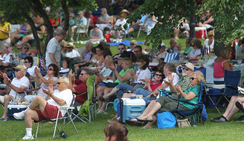 Patrons applaud for Jazz at the Albright Knox back in 2013. Patty Flaherty marked the third showcase of 2014. (Sharon Cantillon / Buffalo News file photo)