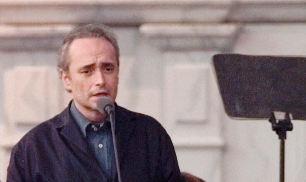 Jose Carreras performs with the Three Tenors at Tiger Stadium in 1999. (AP Photo/Detroit News Photo, Steve Perez)