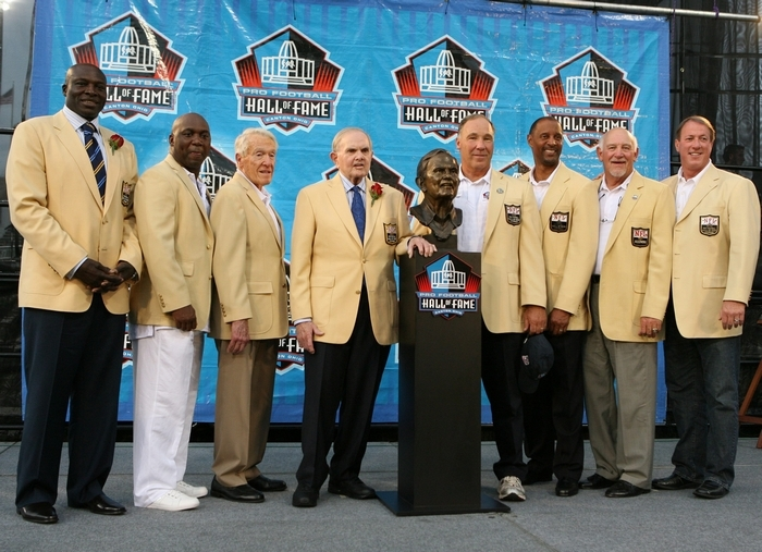 A galaxy of Bills stars were on stage at the Pro Football Hall of Fame in August 2009. From left were Bruce Smith, Thurman Thomas, Marv Levy, Ralph Wilson, Joe Delamielleure, James Lofton, Billy Shaw and Jim Kelly. Wilson and Smith were enshrined in the Hall that year. (James P. McCoy / Buffalo News)