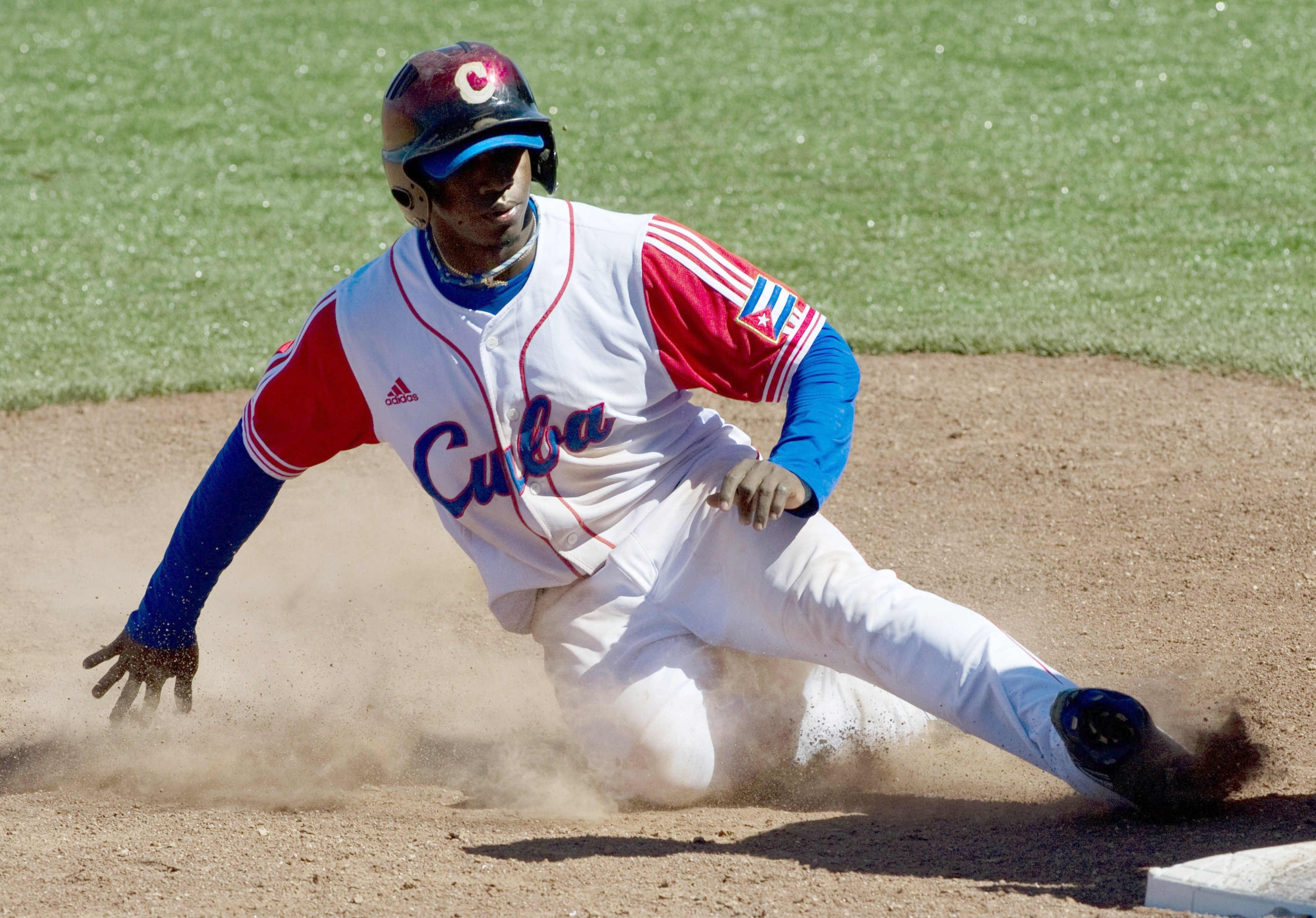 The Red Sox won a bidding war for the services of talented Cuban Rusney Castillo.