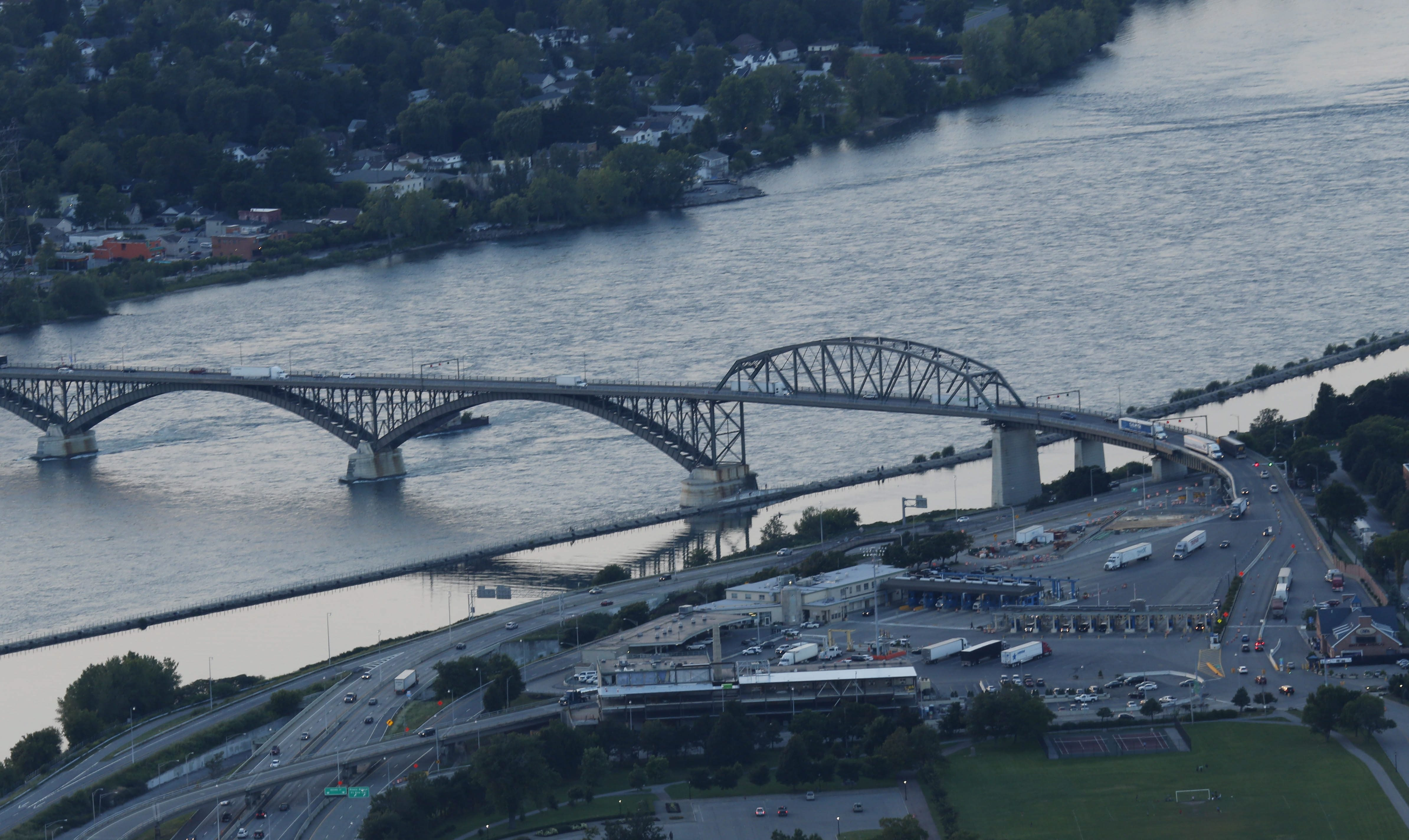 The work being done at the Peace Bridge is too important to the future of Buffalo to be sabotaged by the people in charge. (Derek Gee/Buffalo News)