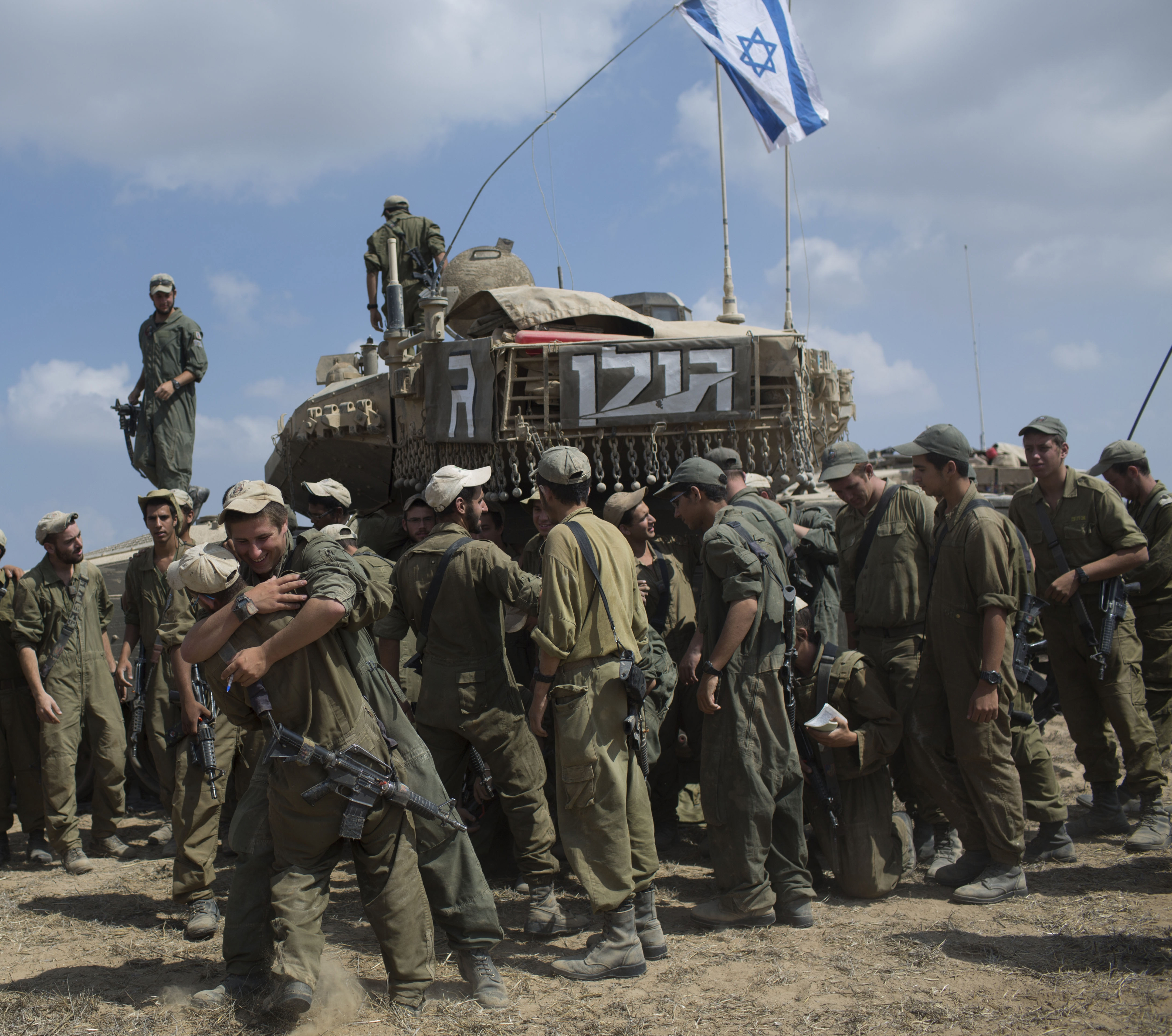 Many American Jews have joined Israeli soldiers in the fight against Hamas in Gaza.