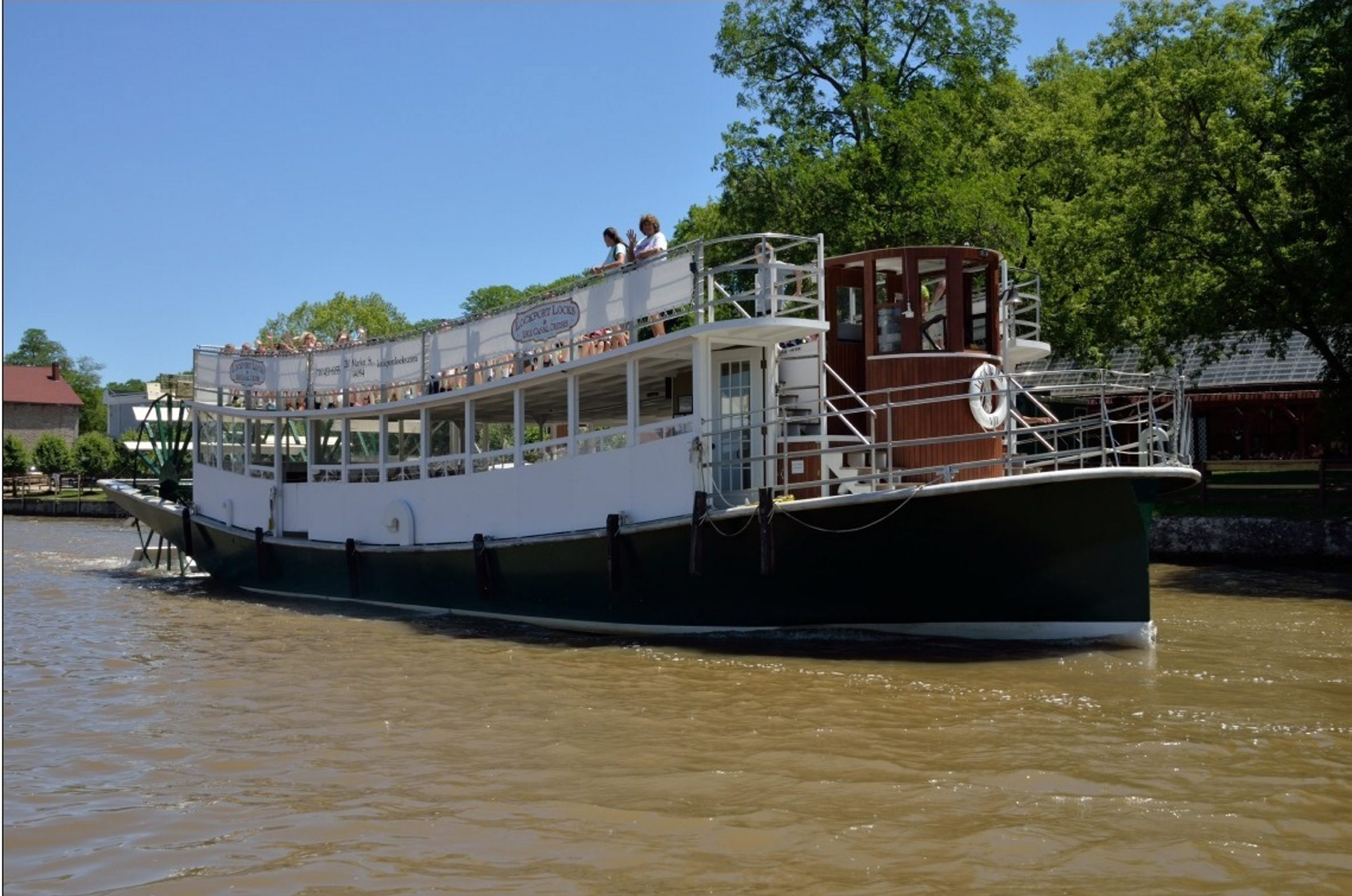The Lockview VI is now offering rides through the Erie Canal locks. The 21-foot-wide and 75-foot-long craft holds up to 150 passengers.