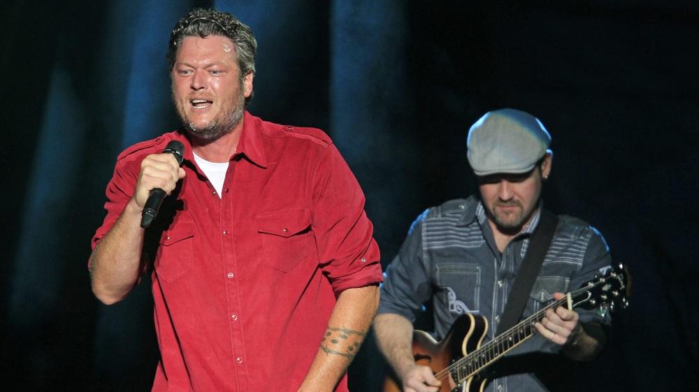 Blake Shelton, left, performs at Darien Lake on Aug. 2, 2014. (Harry Scull Jr. / Buffalo News file photo)