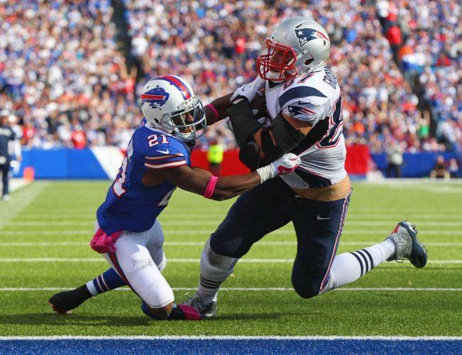 Rob Gronkowski is No. 7 on the NFLPA list. (James P. McCoy/Buffalo News)
